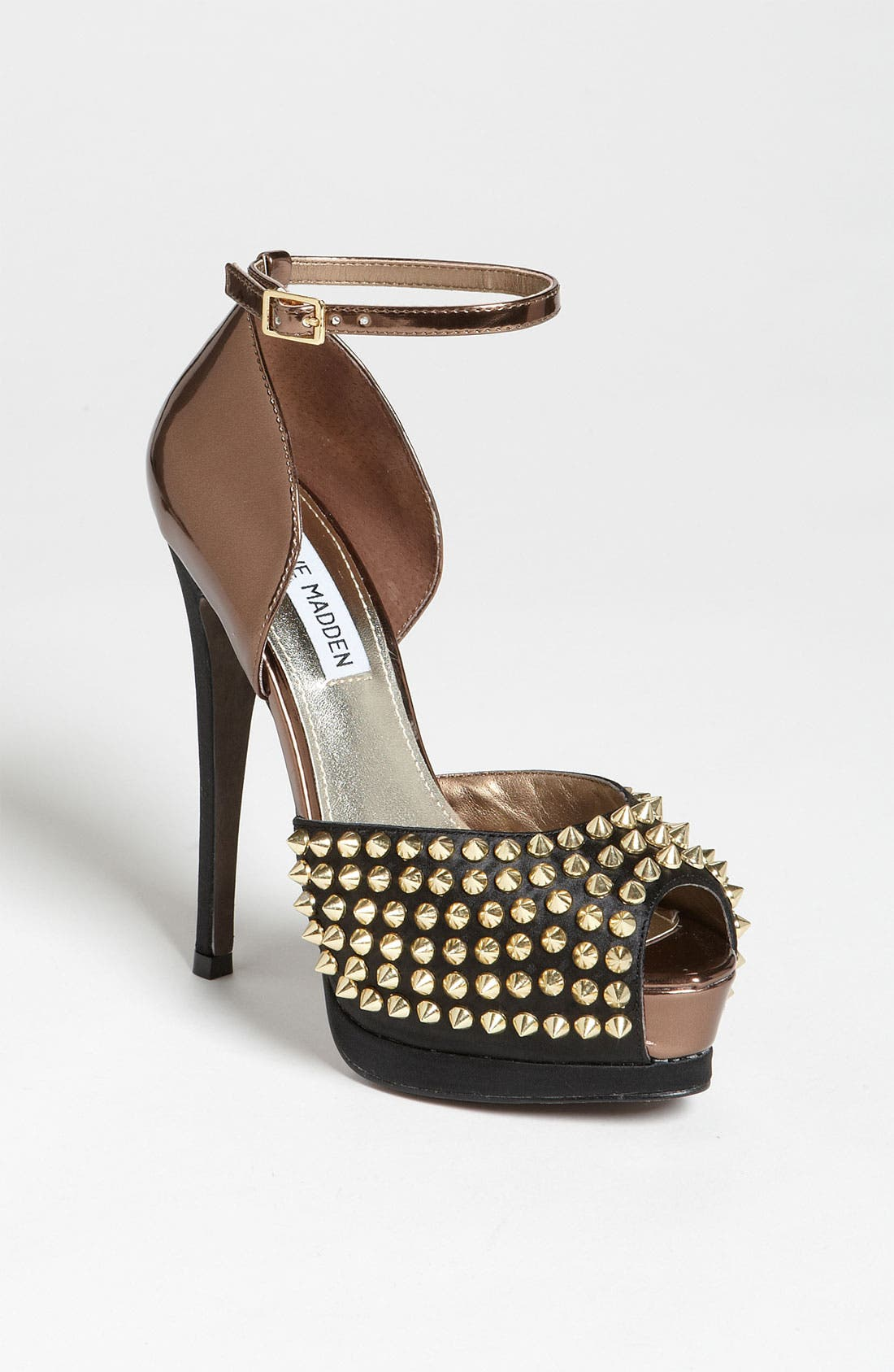 Main Image - Steve Madden 'Obstcl-S' Pump