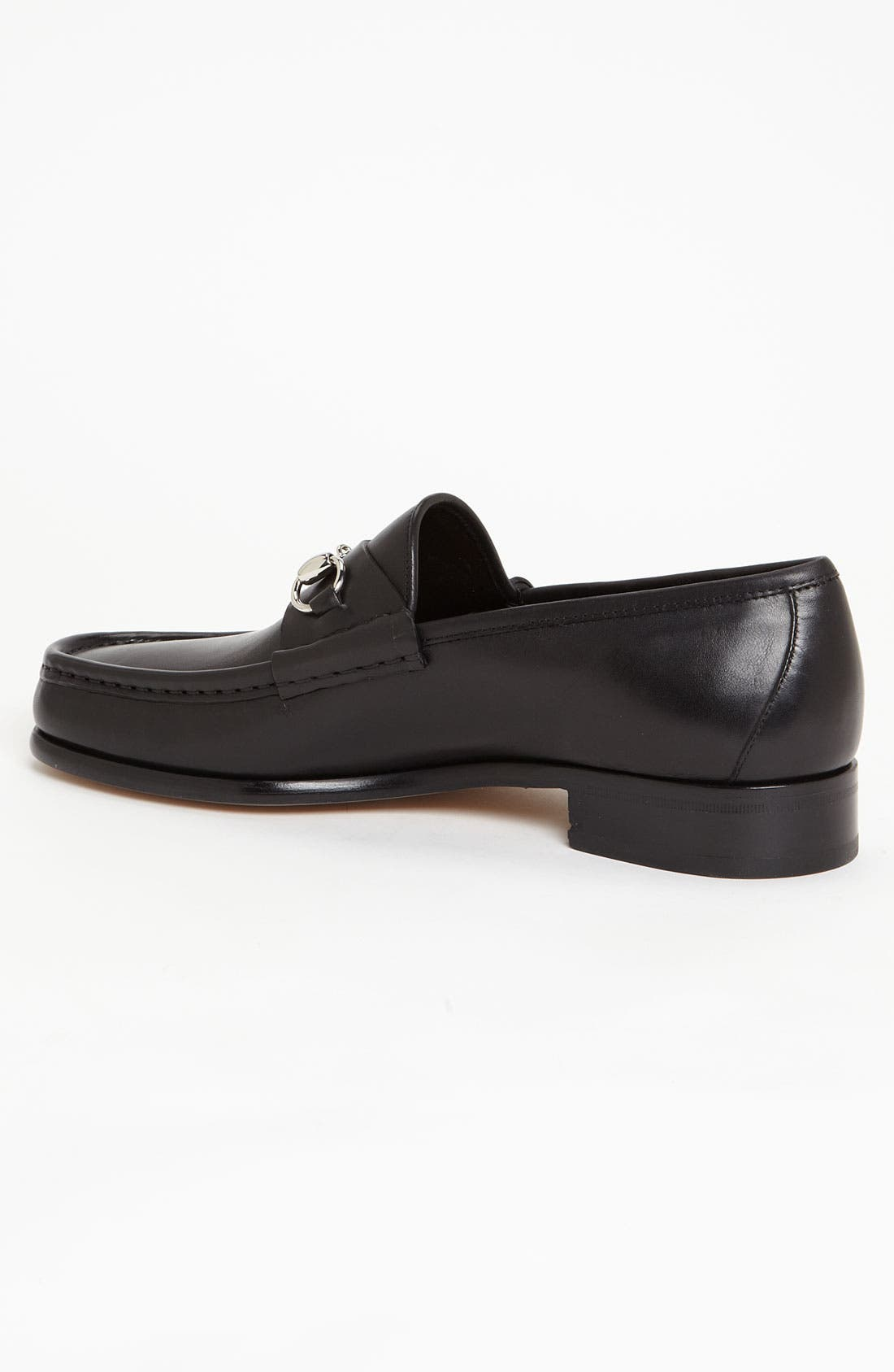Alternate Image 2  - Gucci Classic Leather Moccasin