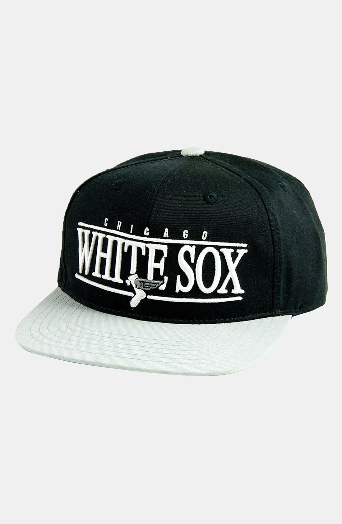 Main Image - American Needle 'Chicago White Sox - Nineties' Twill Snapback Baseball Cap