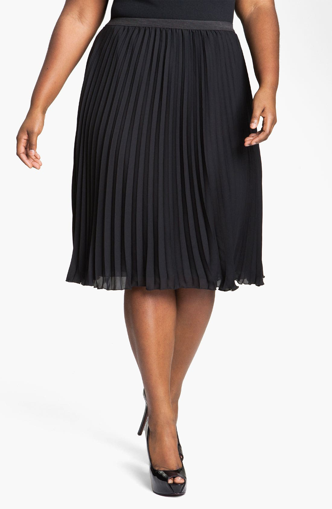 Main Image - Vince Camuto Pleated Midi Skirt (Plus)