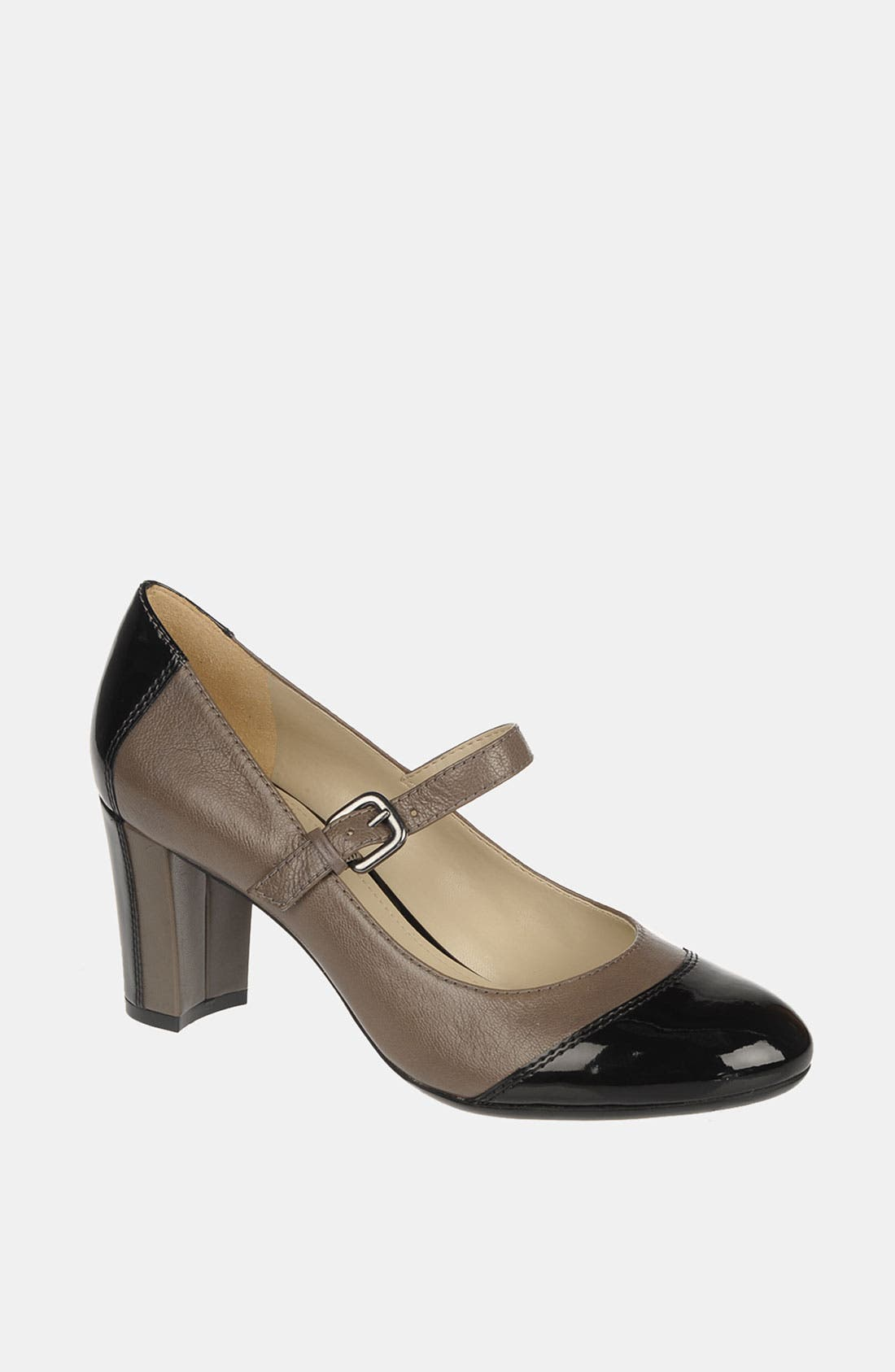Alternate Image 1 Selected - Naturalizer 'Estelle' Pump
