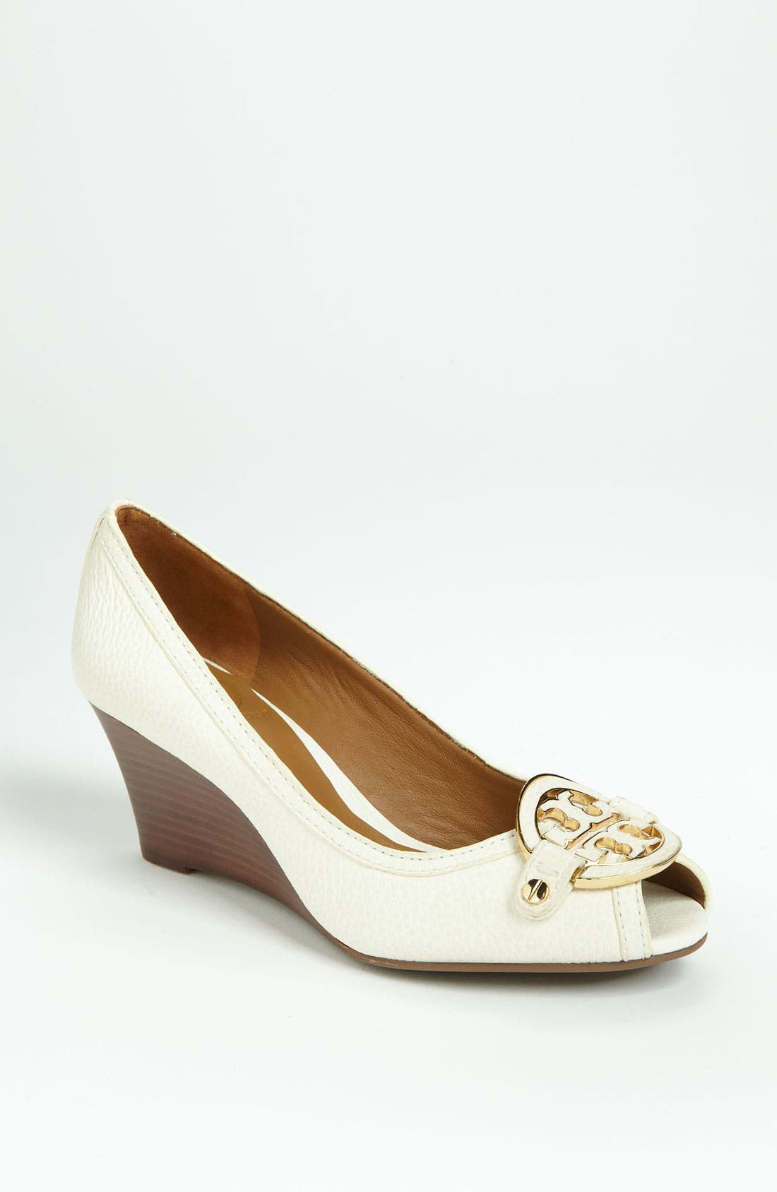 Alternate Image 1 Selected - Tory Burch 'Amanda' Pump