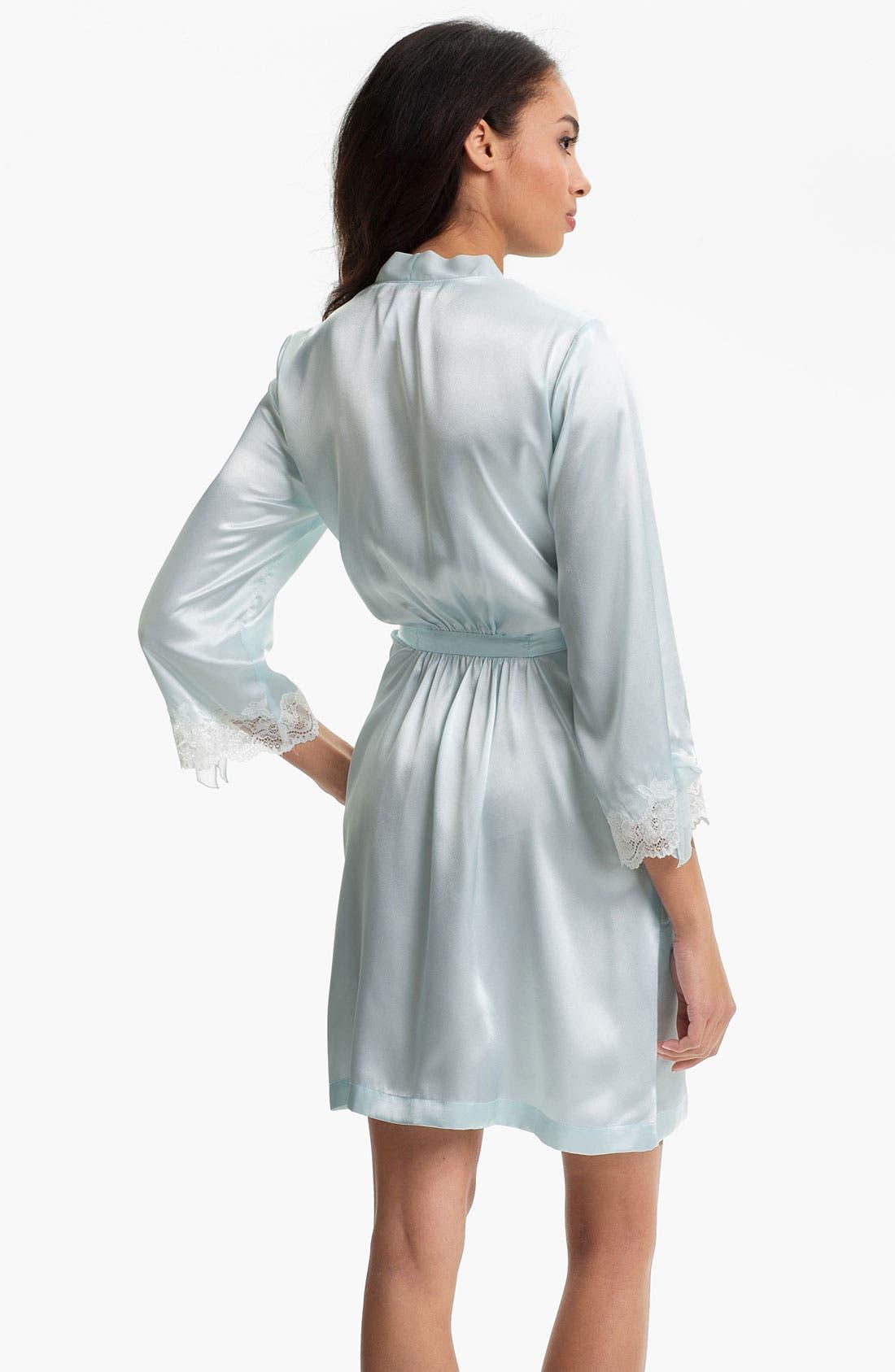 Alternate Image 2  - Oscar de la Renta Sleepwear 'Lovely in Lace' Short Robe