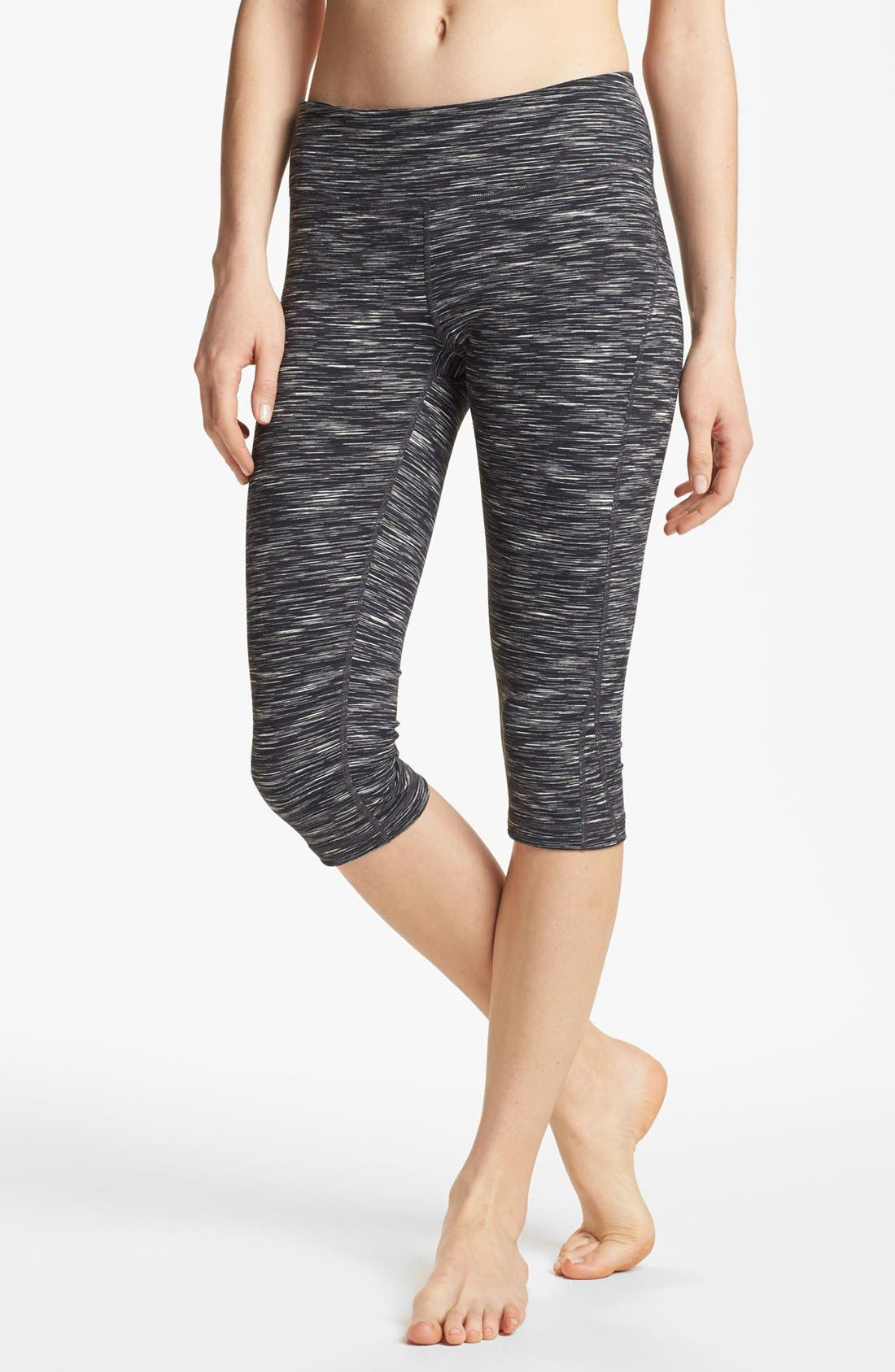 Alternate Image 1 Selected - Zella 'Live In' Eclipse Space Dye Capris
