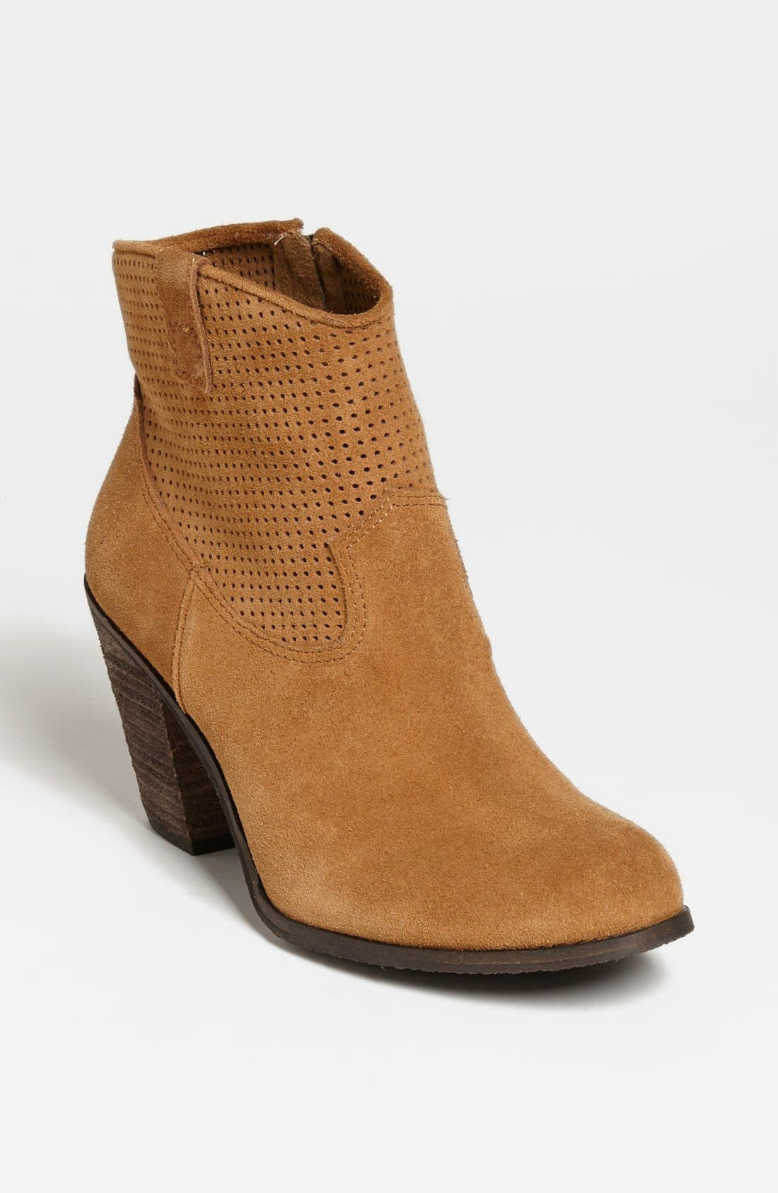 Alternate Image 1 Selected - Vince Camuto 'Holden' Bootie