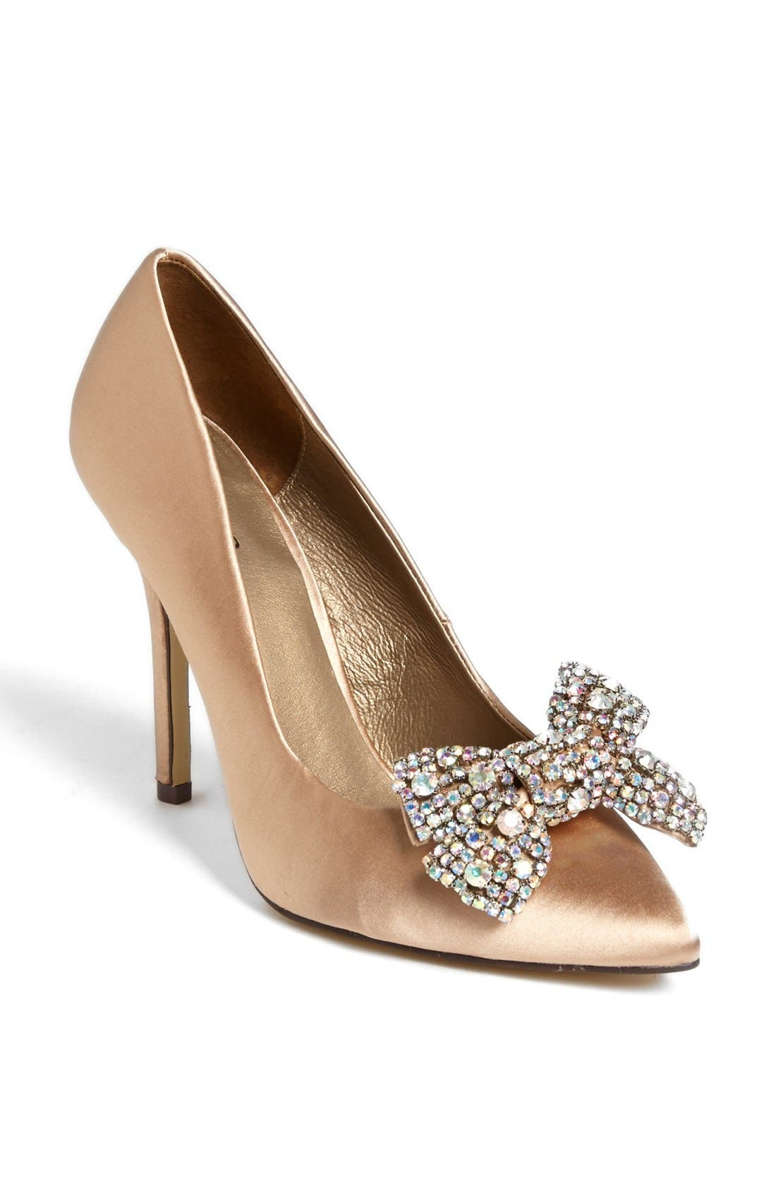 Alternate Image 1 Selected - Menbur Pointy Toe Bow Pump