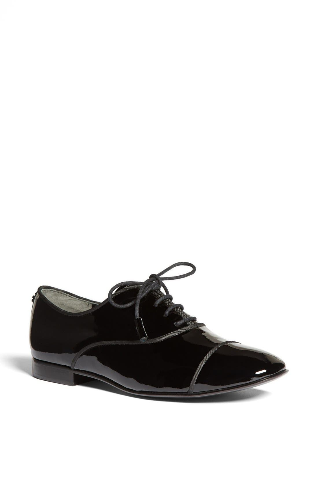 Alternate Image 1 Selected - Tory Burch 'Dylan' Oxford Flat (Online Only)
