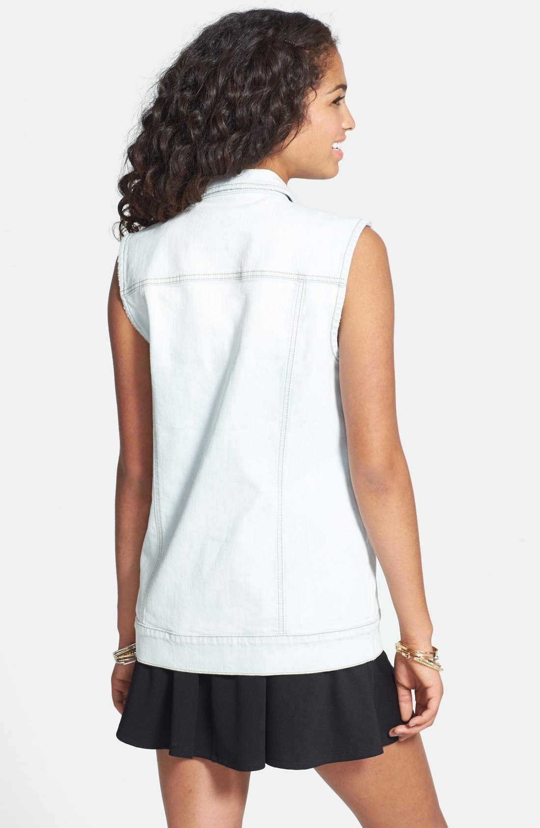 Alternate Image 2  - BP. Oversized Denim Vest (Juniors)