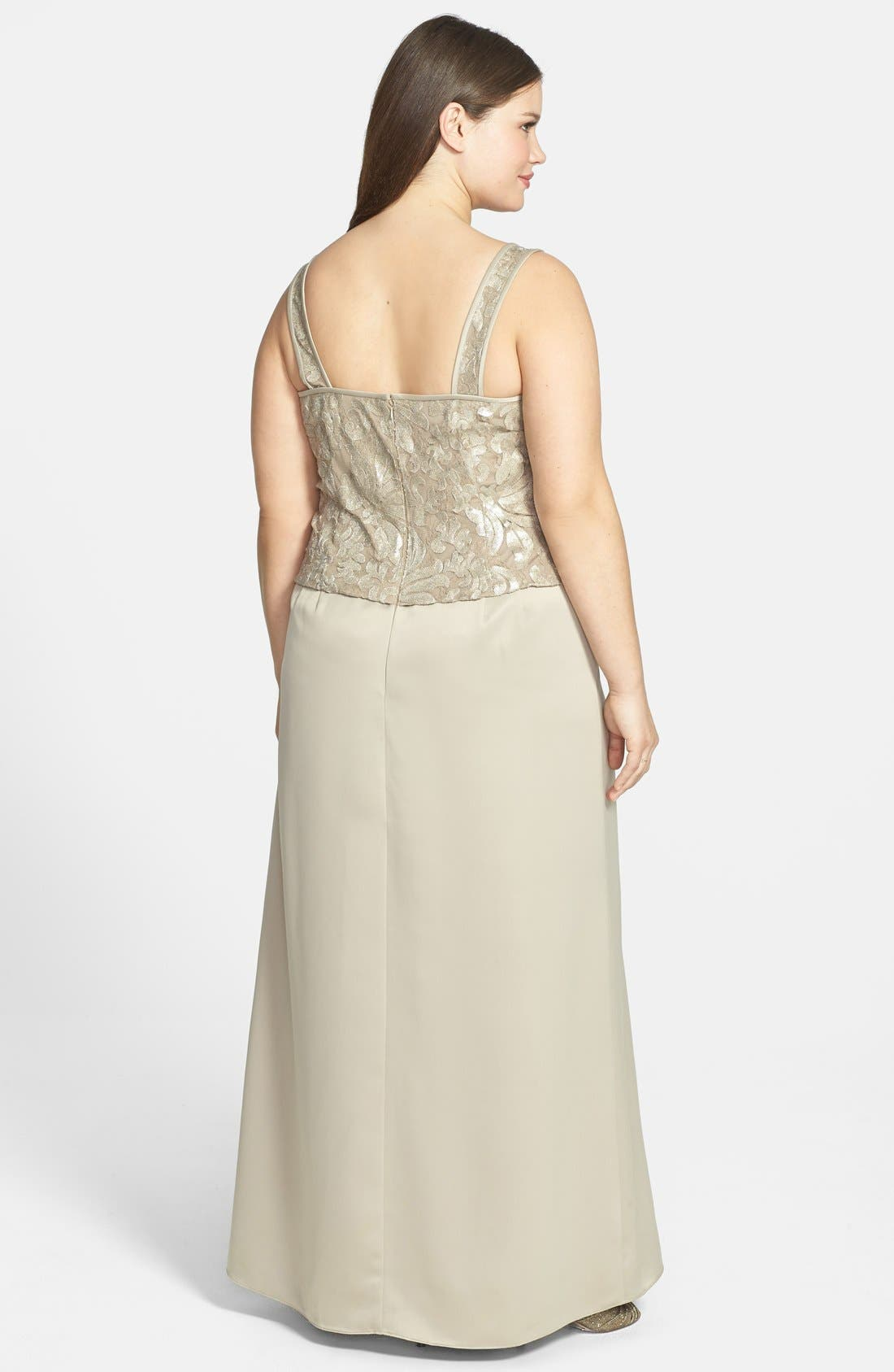 Alternate Image 2  - Alex Evenings Embellished Chiffon Gown & Jacket (Plus Size)