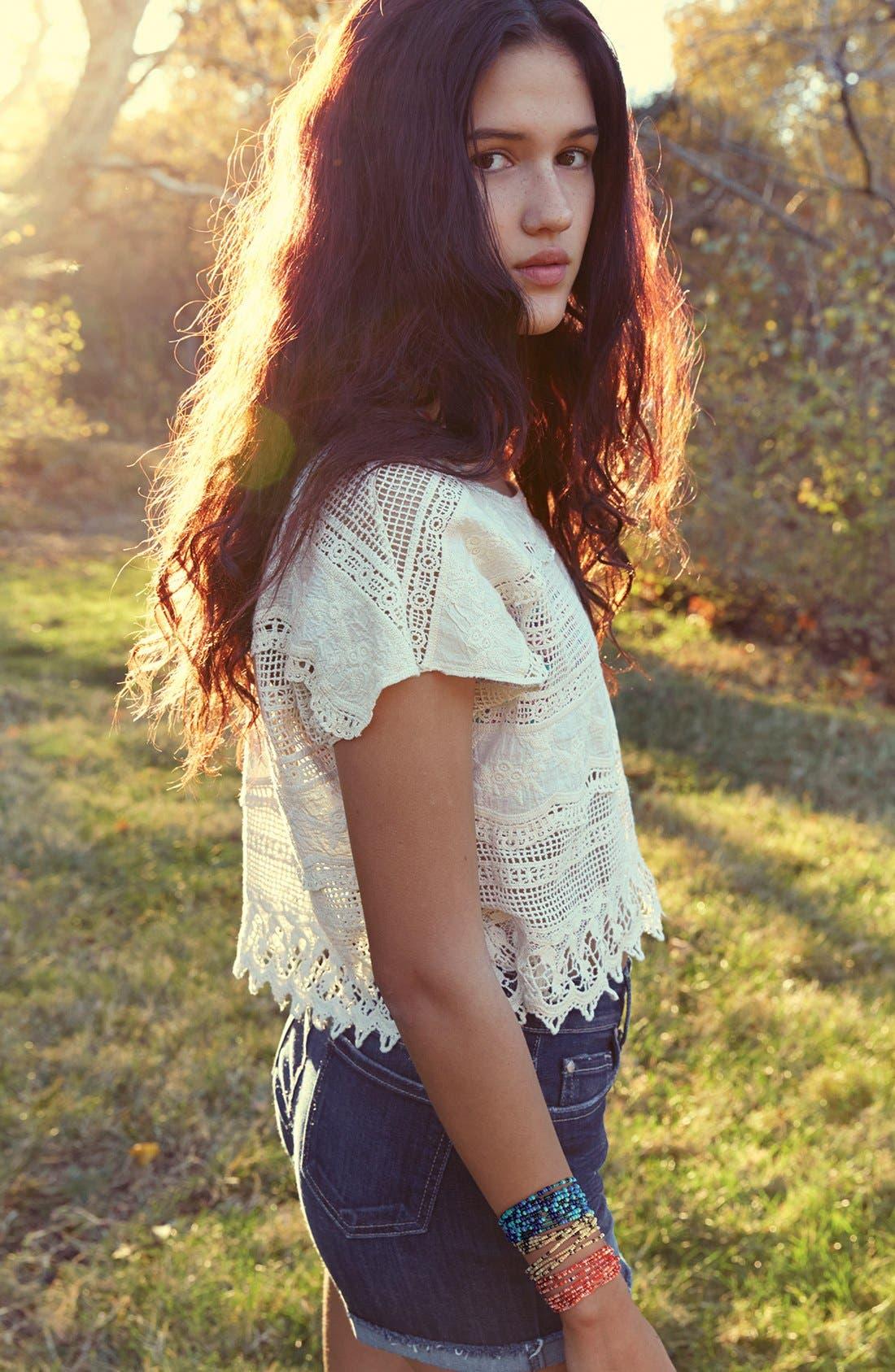 Alternate Image 4  - Mimi Chica Oversized Crochet Tee (Juniors)
