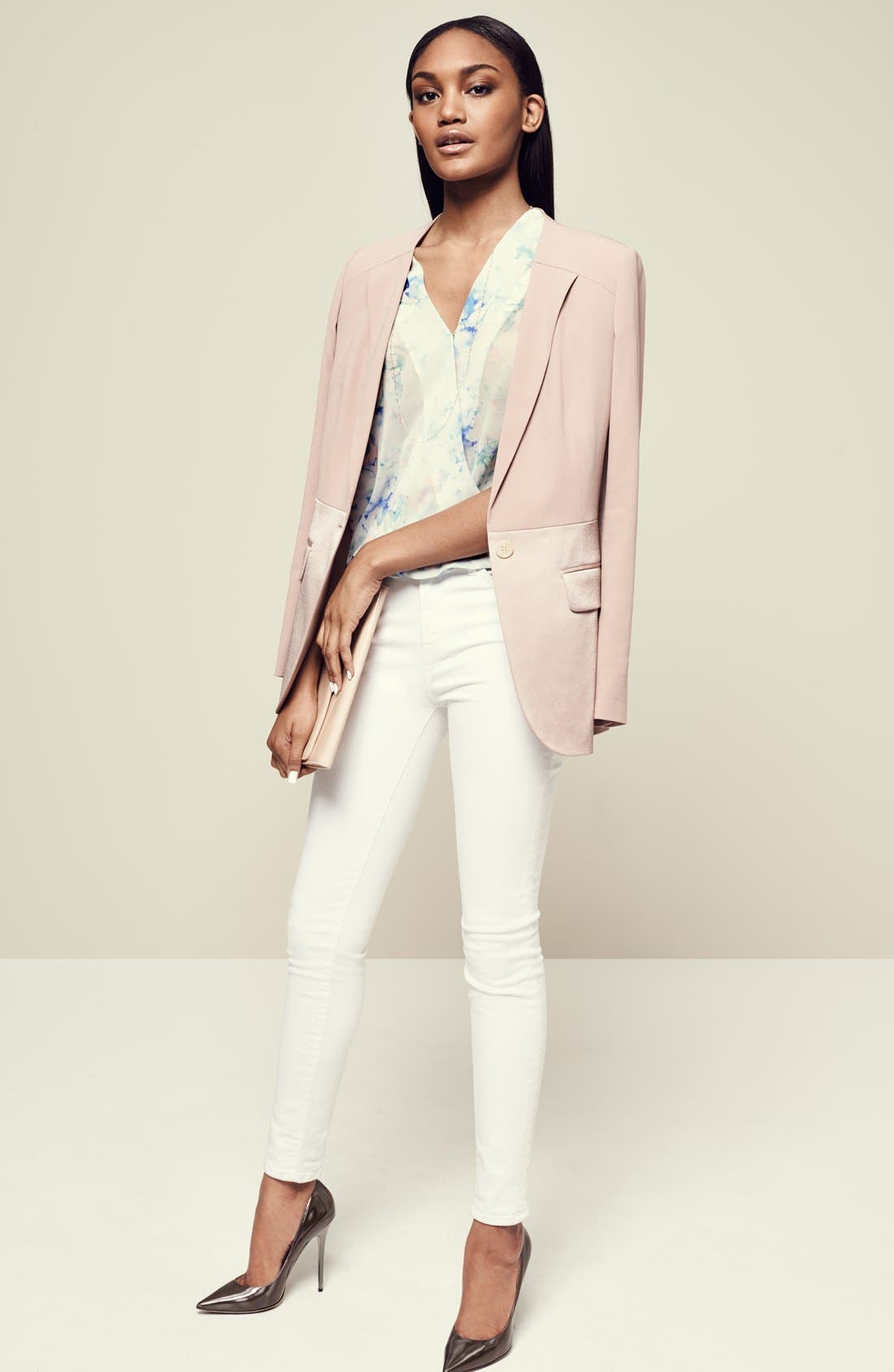 Alternate Image 2  - Chelse28 Blazer, Top & J Brand Jeans