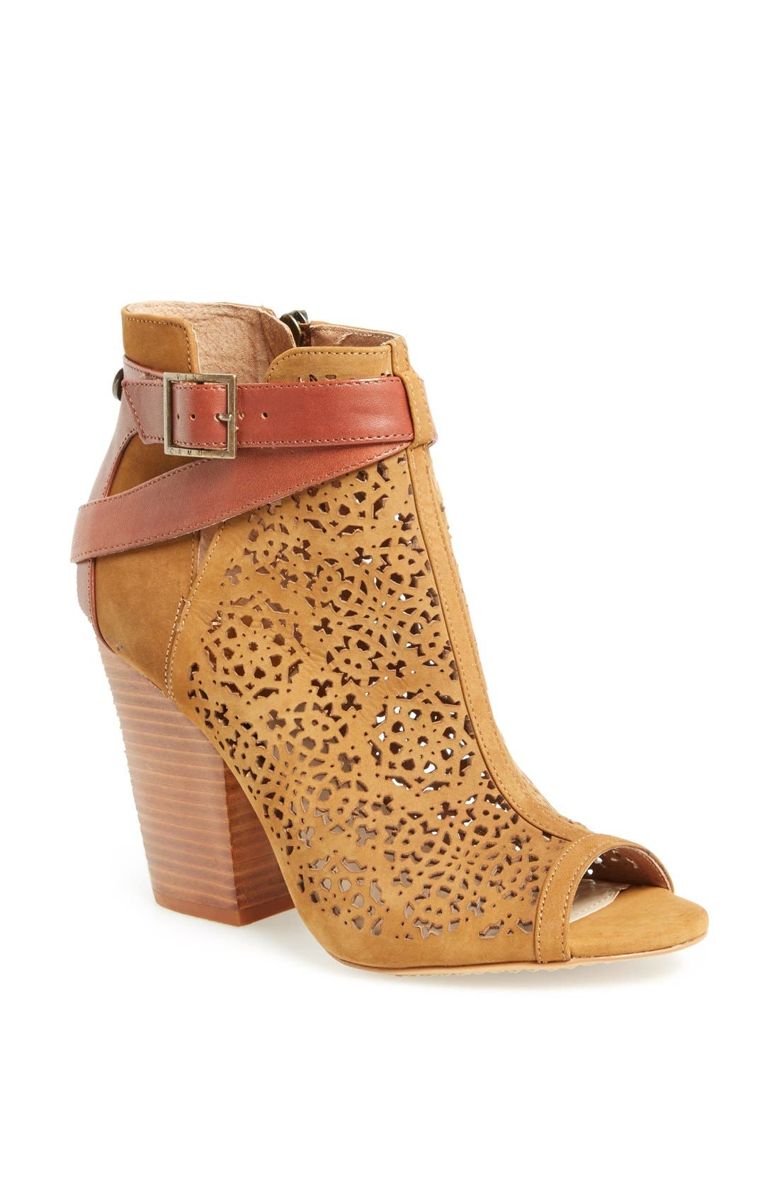 Main Image - Vince Camuto 'Maizy' Bootie (Nordstrom Exclusive)