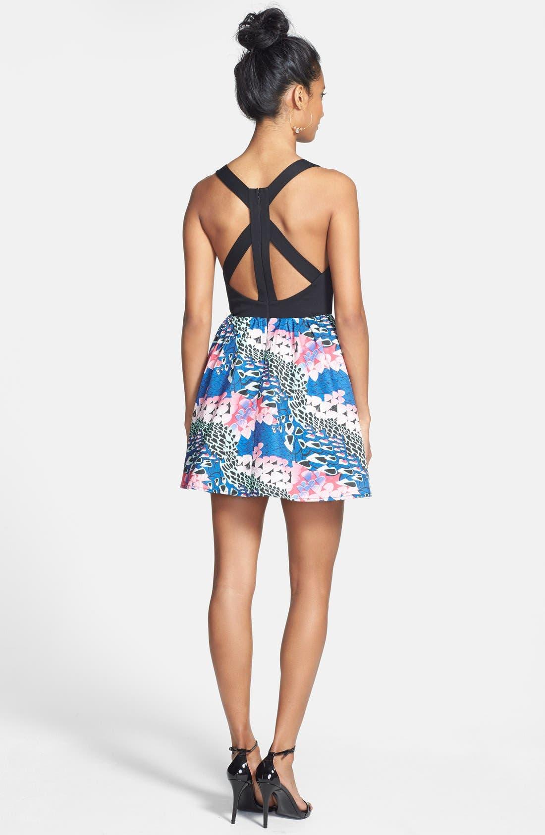 Alternate Image 2  - En Crème Cutout Print Skater Dress (Juniors)