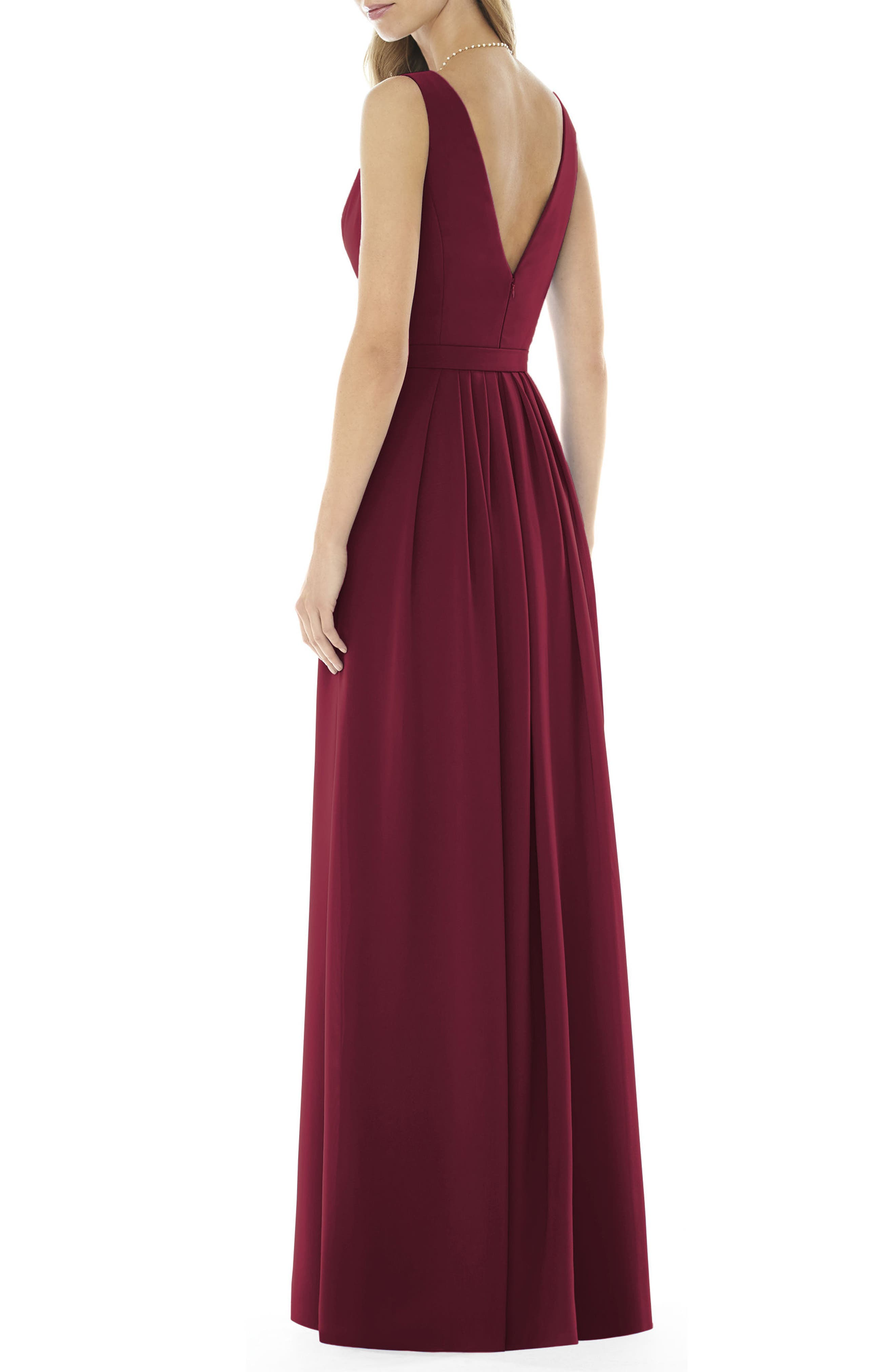 Alternate Image 2  - Social Bridesmaids V-Neck Georgette Gown