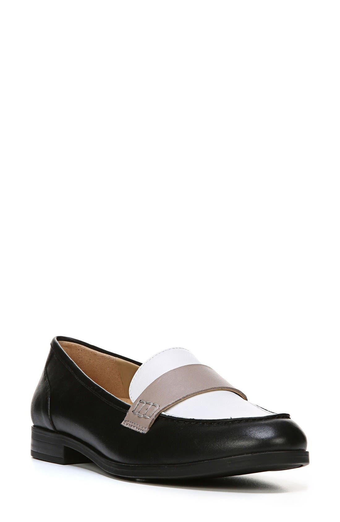 Alternate Image 1 Selected - Naturalizer Veronica Loafer (Women)