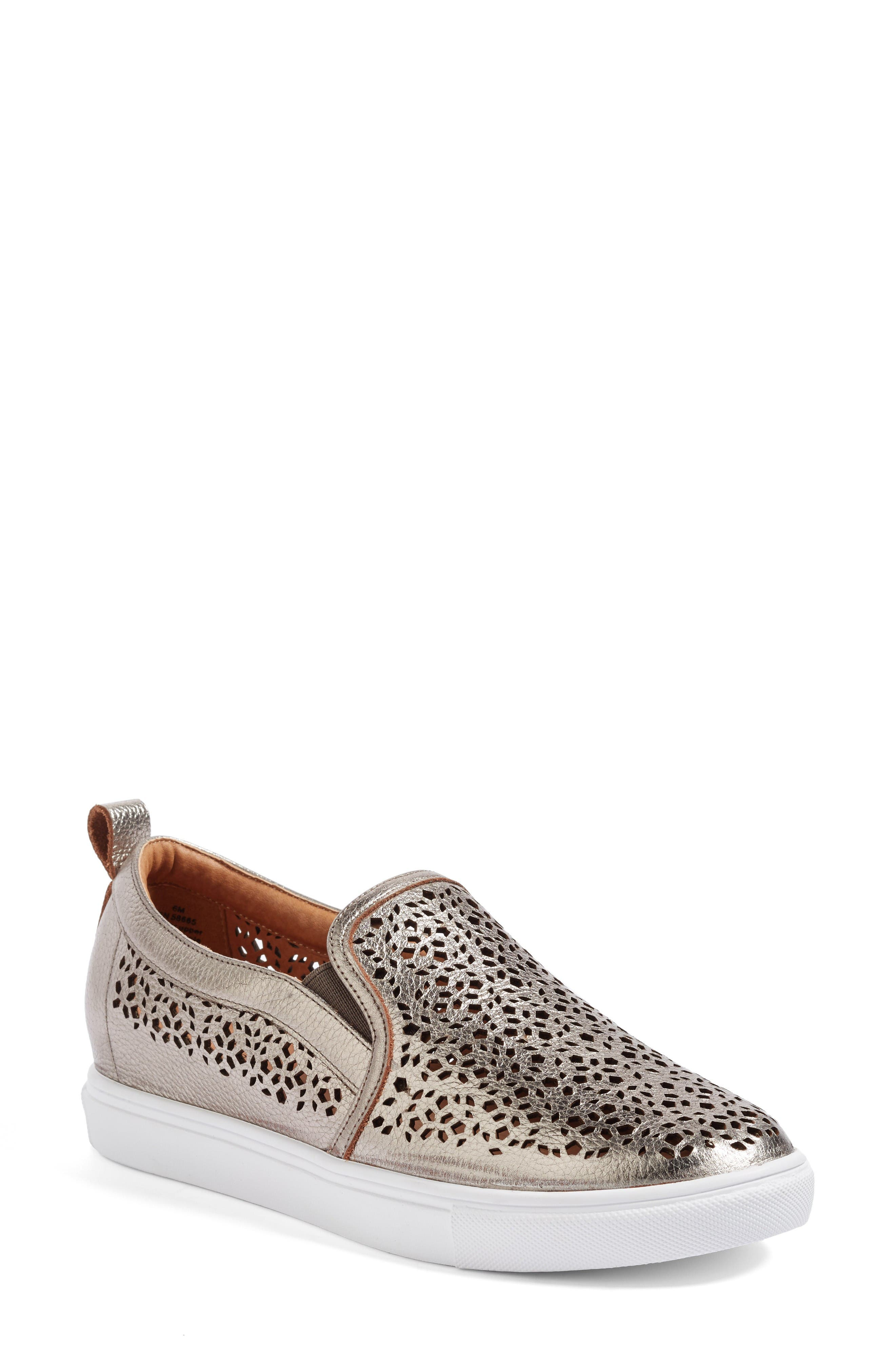 Caslon® Eden 2 Perforated Platform Sneaker (Women)