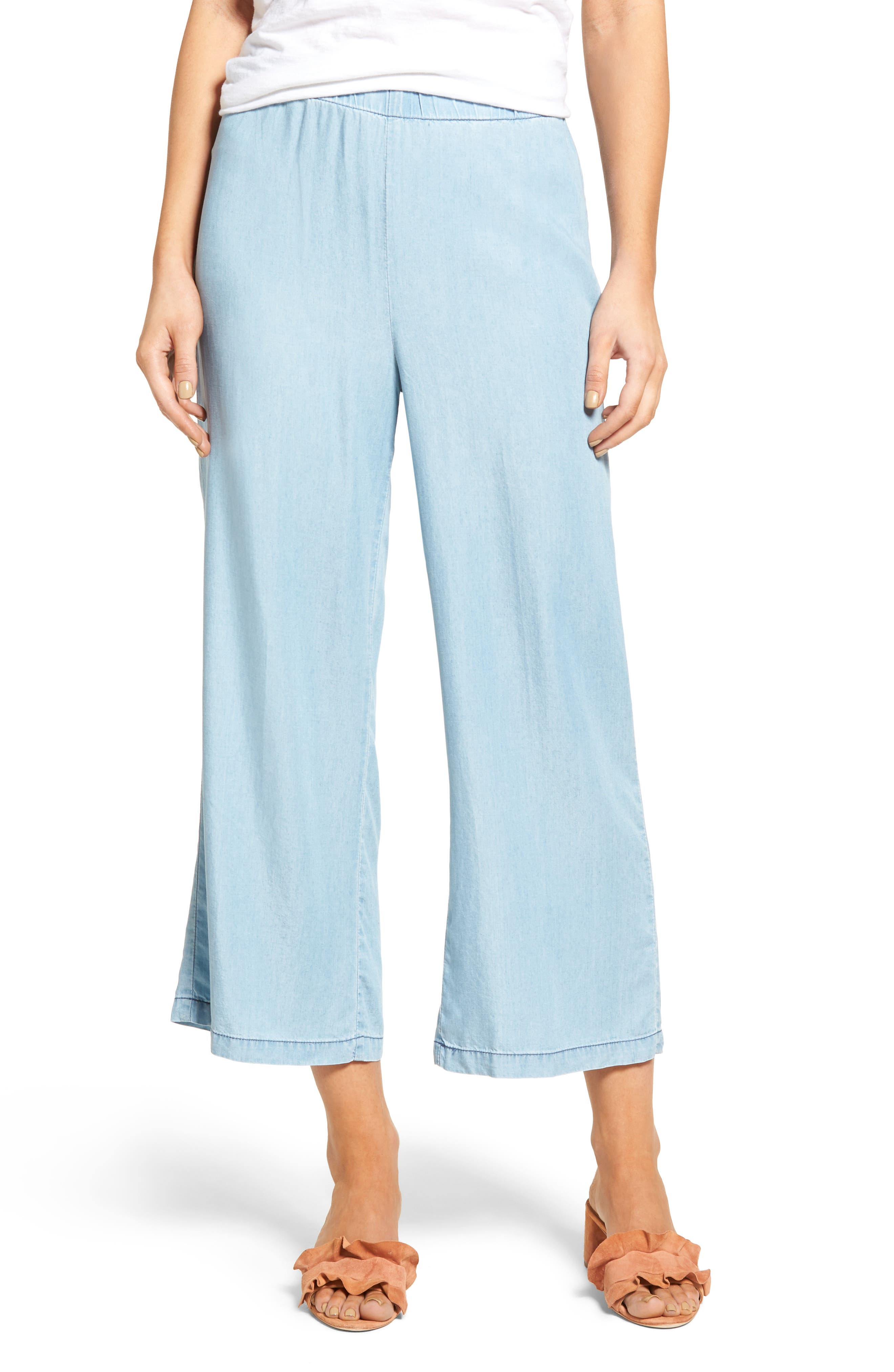 cupcakes and cashmere Dancer Crop Flare Chambray Pants