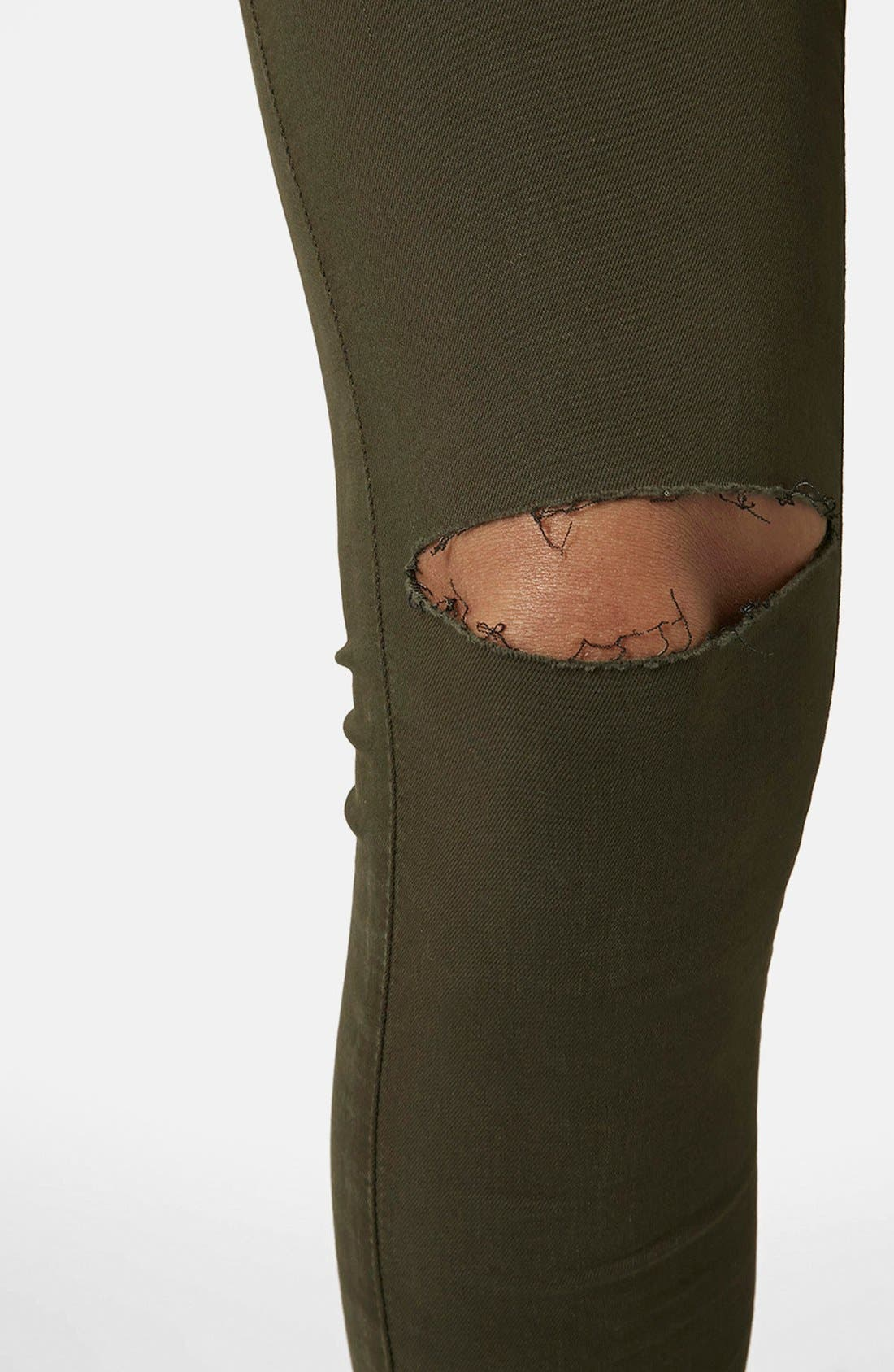 Alternate Image 4  - Topshop Moto 'Leigh' Ripped Skinny Jeans (Olive) Short