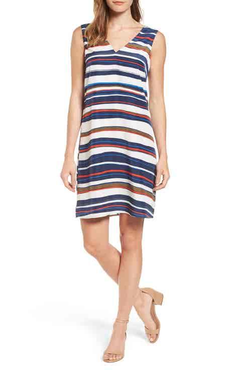Halogen® V-Neck Shift Dress (Regular   Petite)