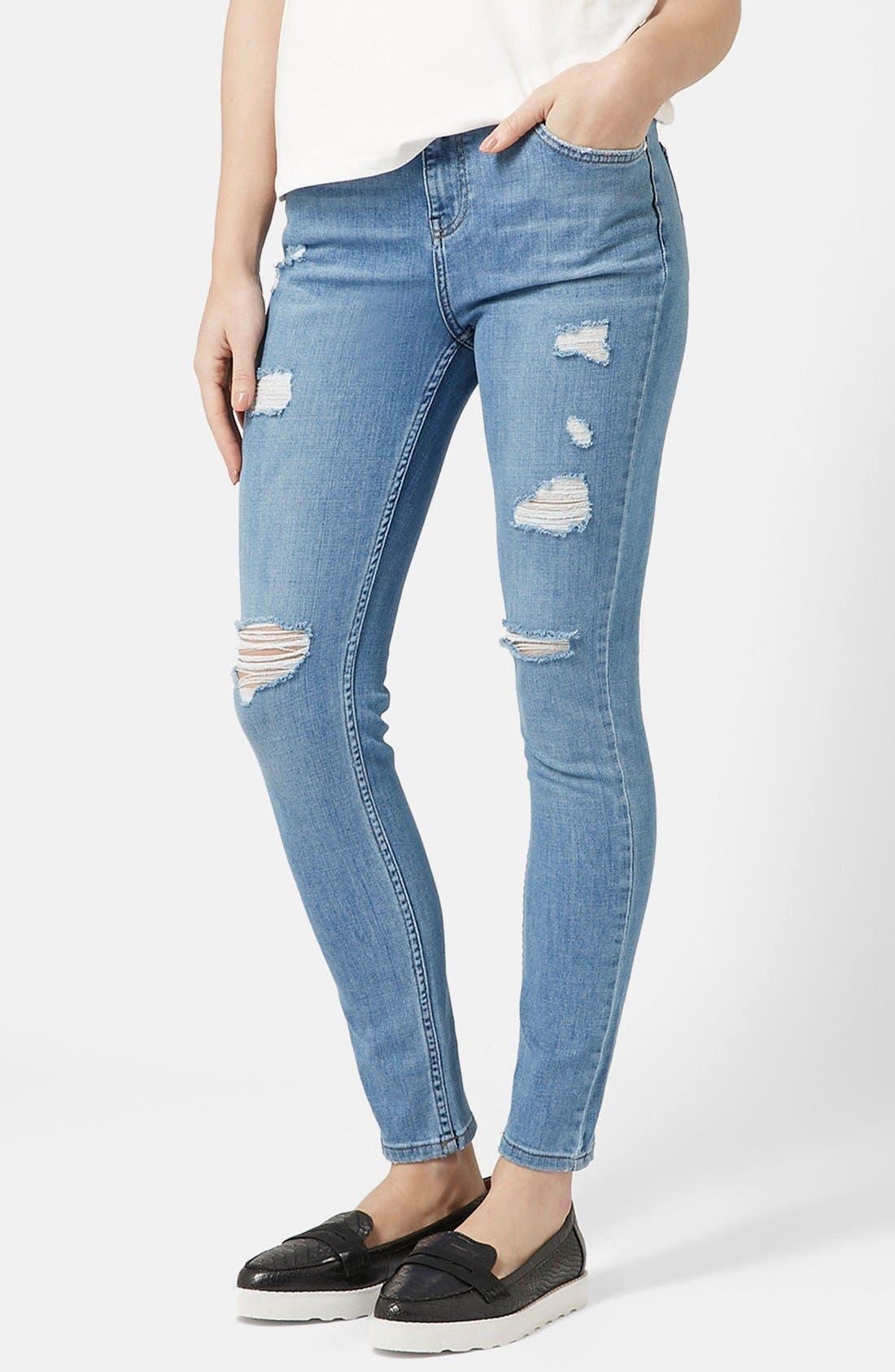Alternate Image 1 Selected - Topshop Moto High Rise Ripped Jeans (Light Denim) (Short)