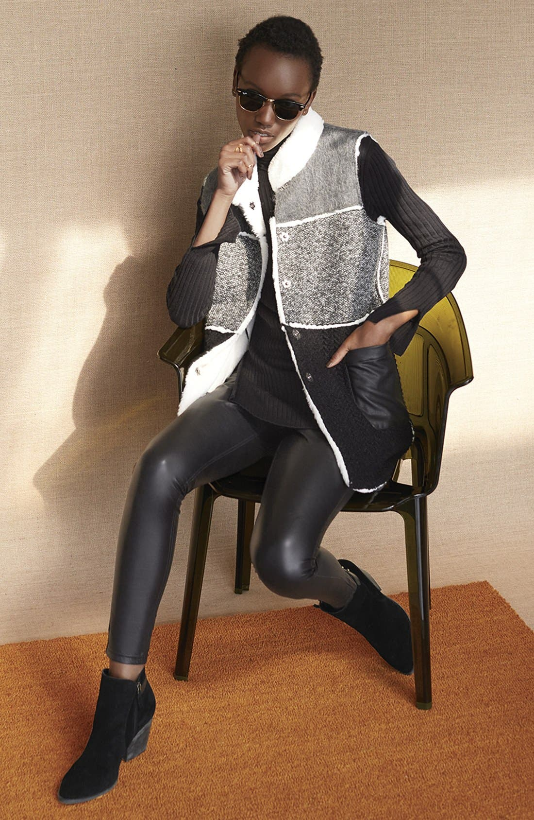 Alternate Image 4  - Hue Faux Leather Leggings