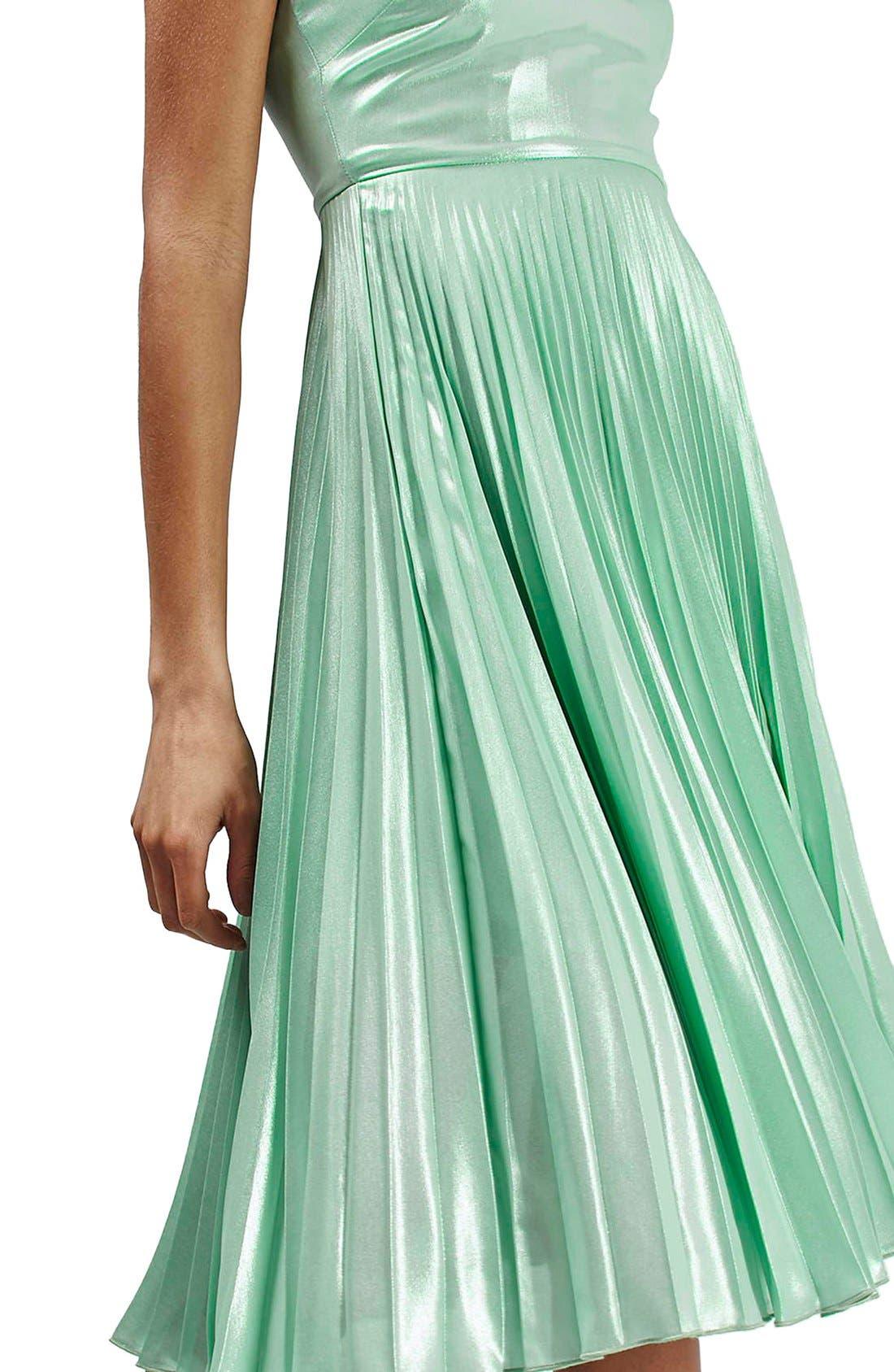 Alternate Image 4  - Topshop Metallic Plunge Pleat Midi Dress