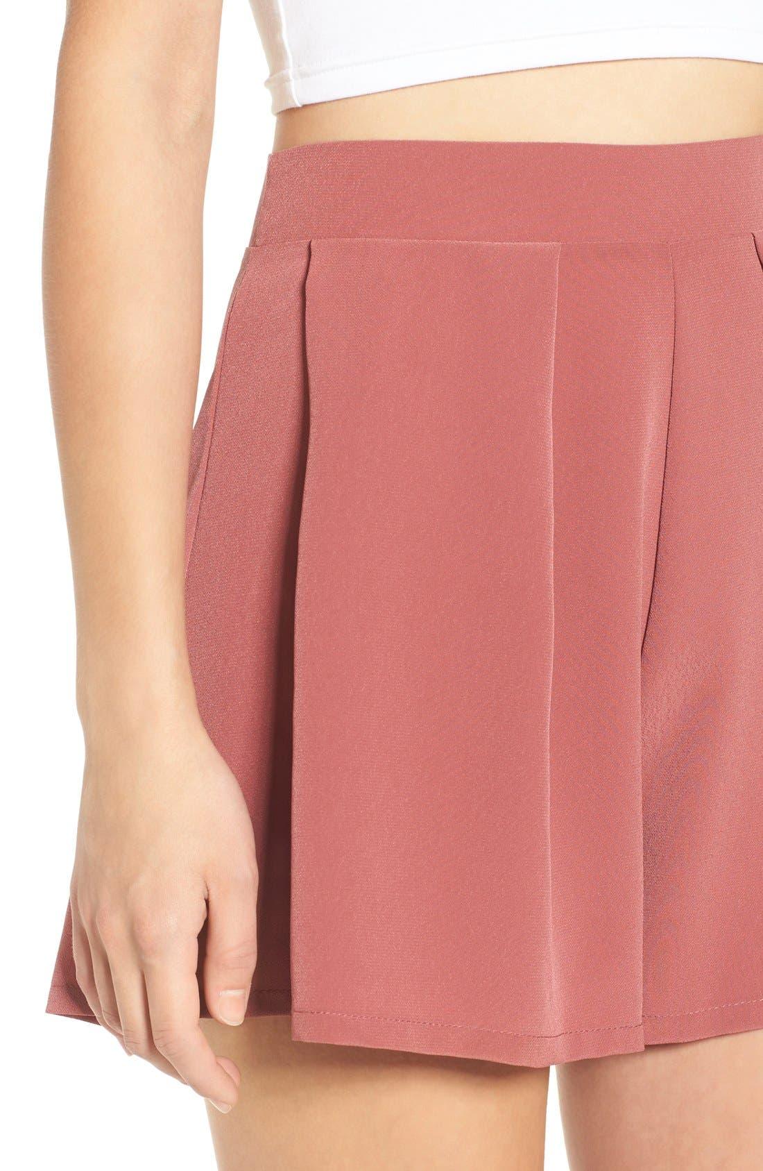 Alternate Image 6  - Leith Pleated High Waist Shorts