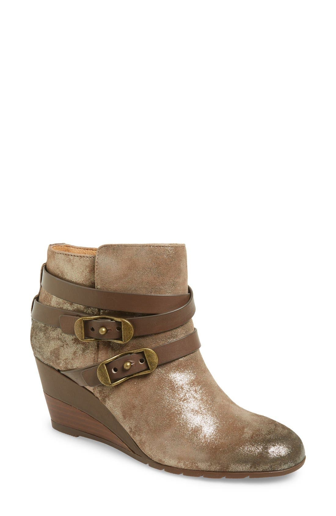 Söfft 'Oakes' Wedge Bootie (Women)