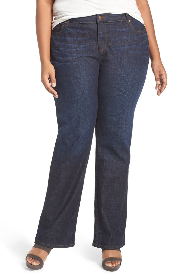From trendy plus size ripped and distressed jeans to sleek looks you've been donning for decades, our women's plus size jean boutique is your go-to destination for extended sizes. At Torrid, we have the plus size denim you've been searching for.