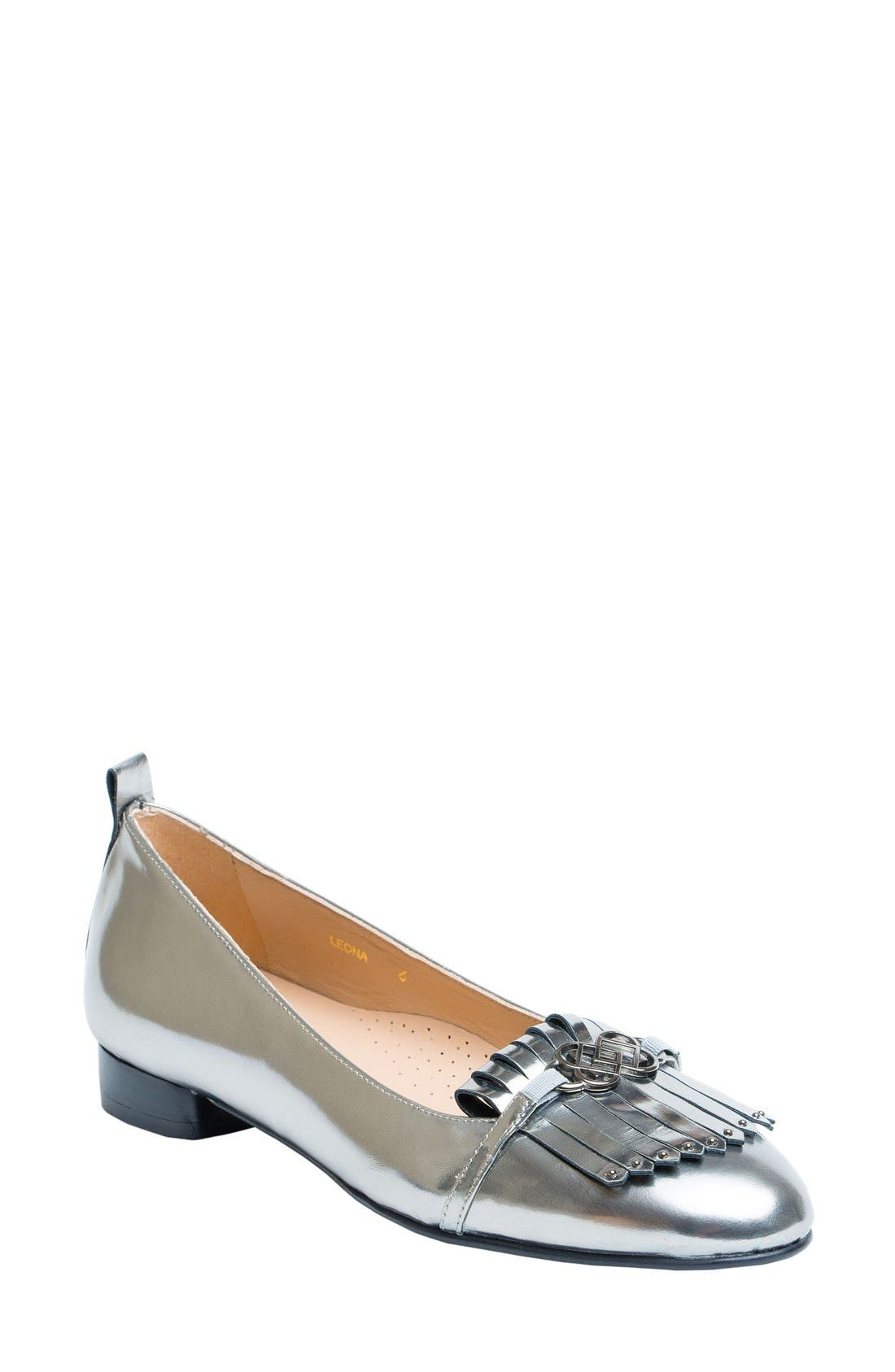 UKIES Leona Kiltie Loafer (Women)