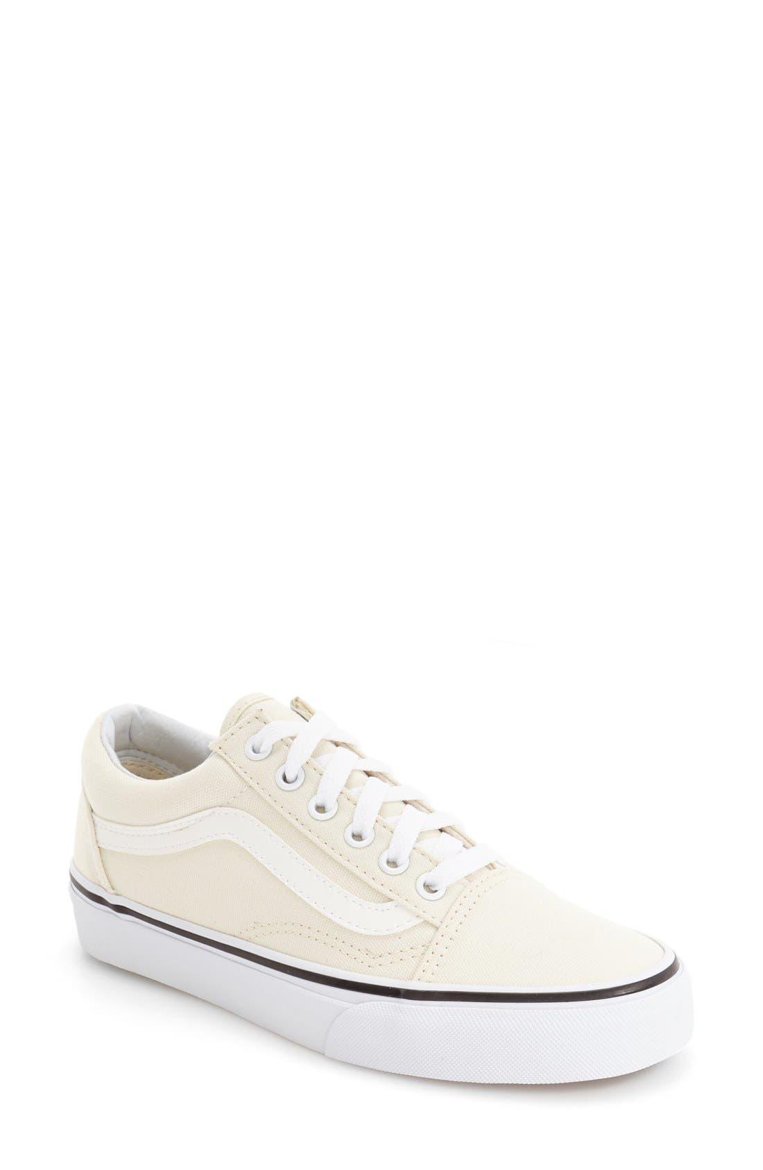 Vans 'Old Skool' Sneaker (Women)
