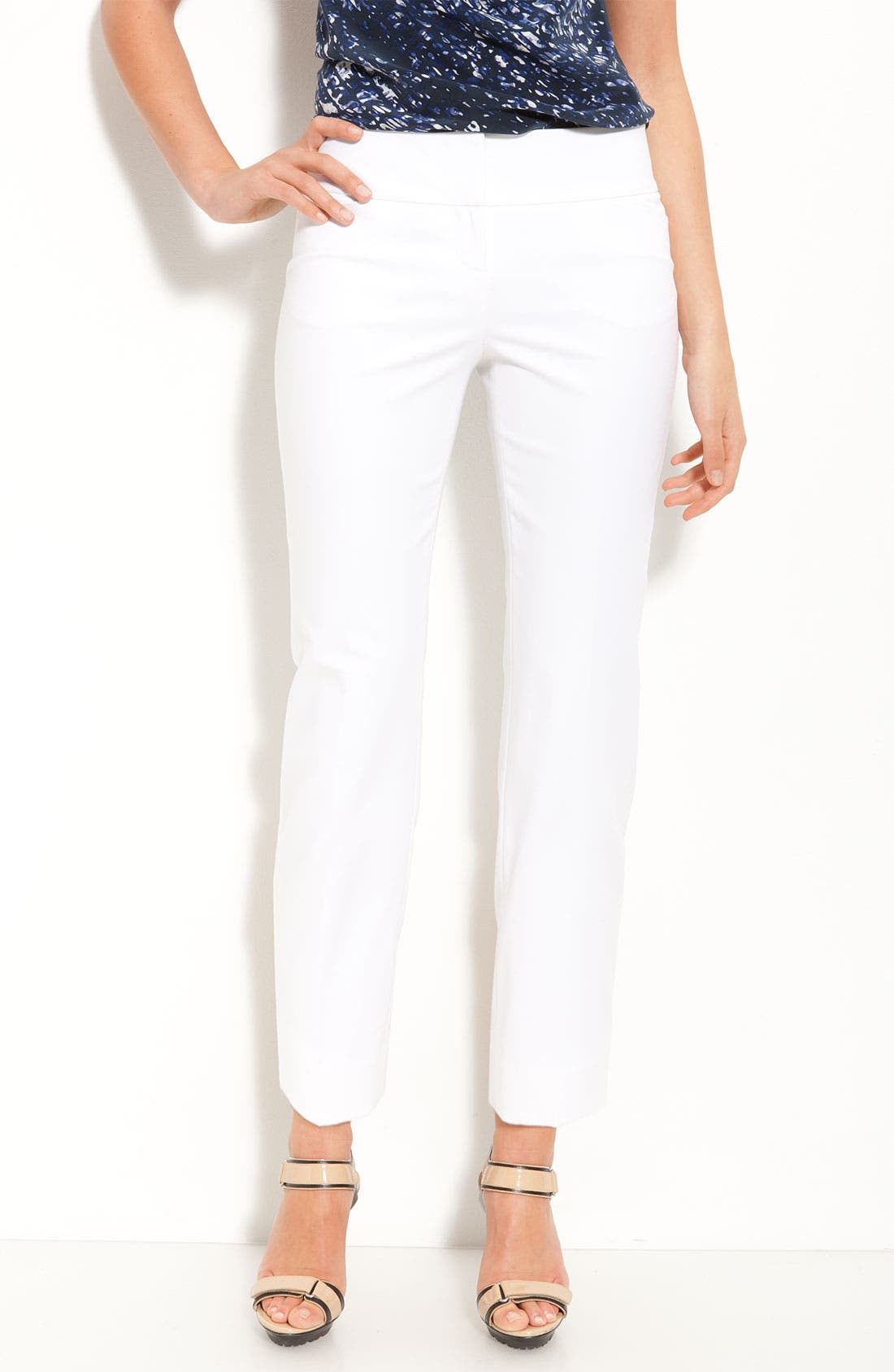 Alternate Image 1 Selected - Halogen® 'Taylor' Curvy Fit Crop Pants (Petite)