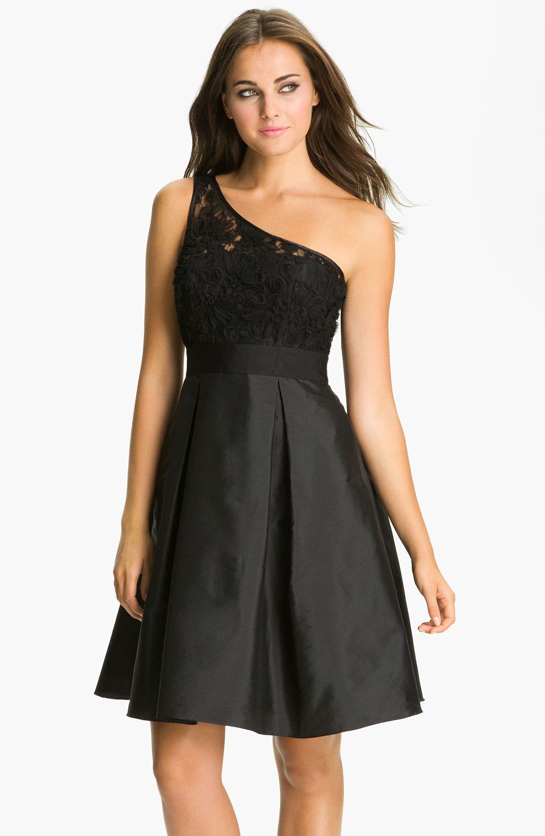 Main Image - ML Monique Lhuillier Bridesmaids One-Shoulder Lace & Taffeta Dress (Nordstrom Exclusive)