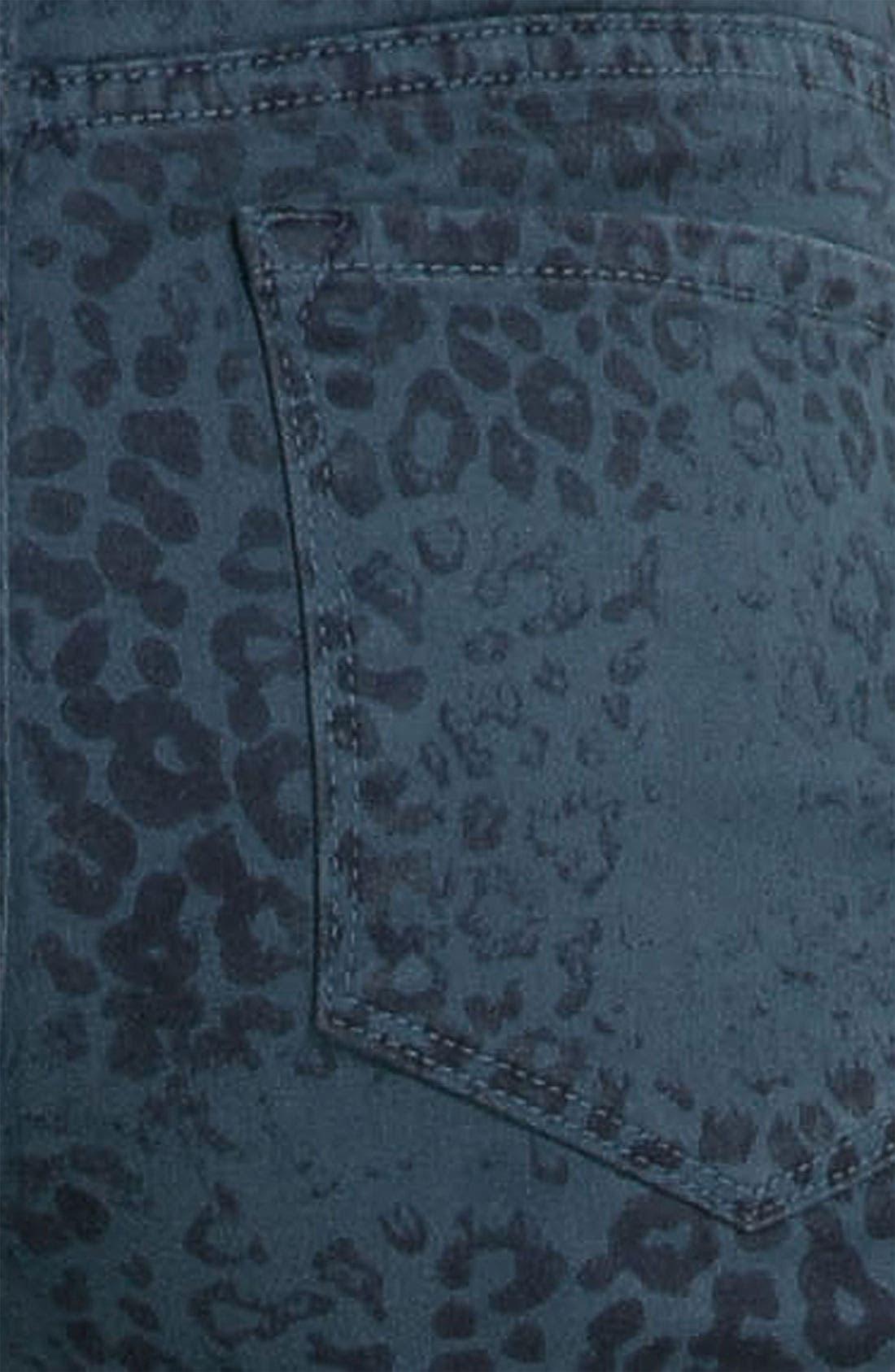 Alternate Image 3  - NYDJ 'Sheri - Cheetah' Print Skinny Twill Jeans