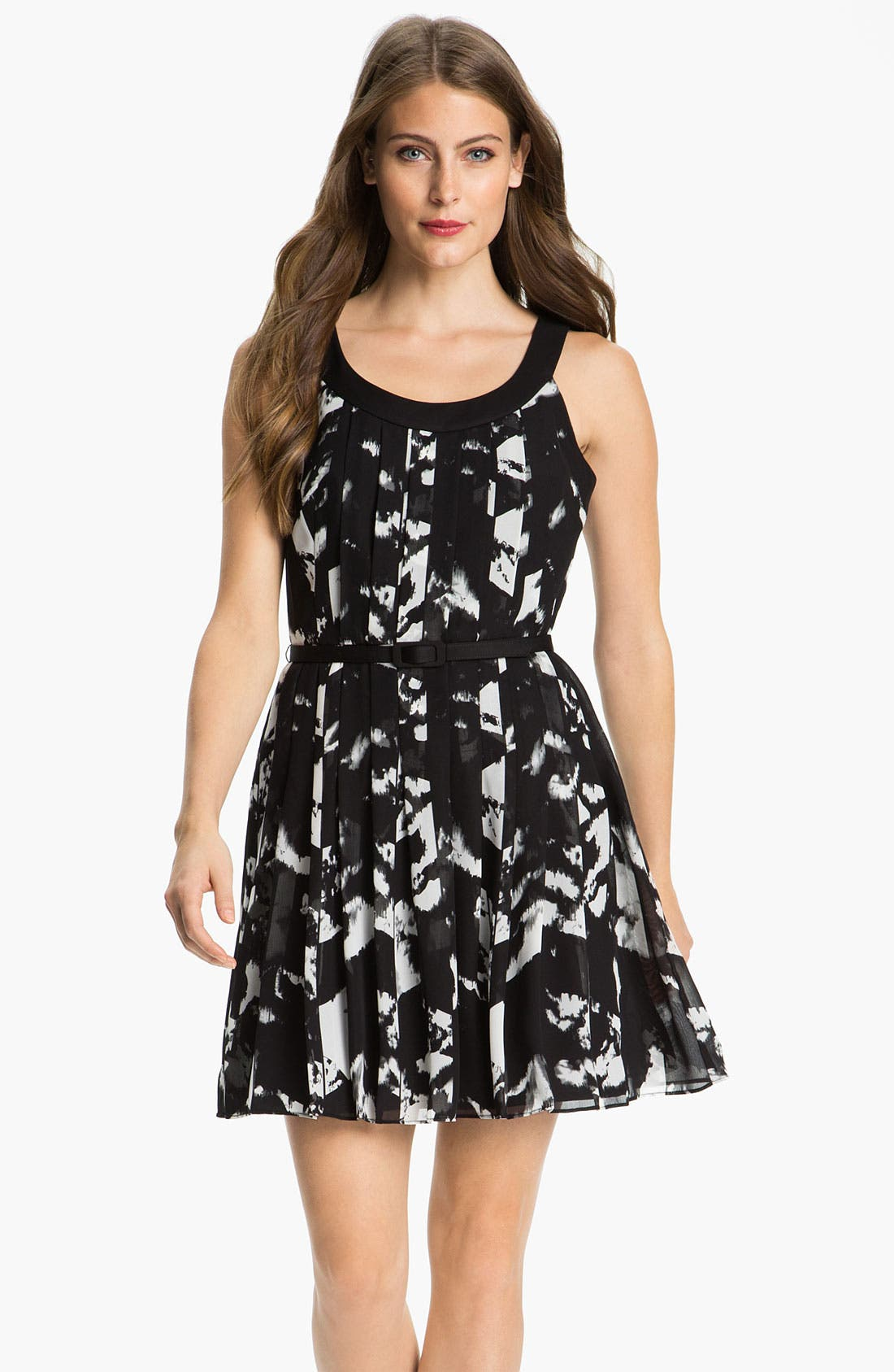 Main Image - Donna Ricco 'As You Pleats' Print Chiffon Fit & Flare Dress