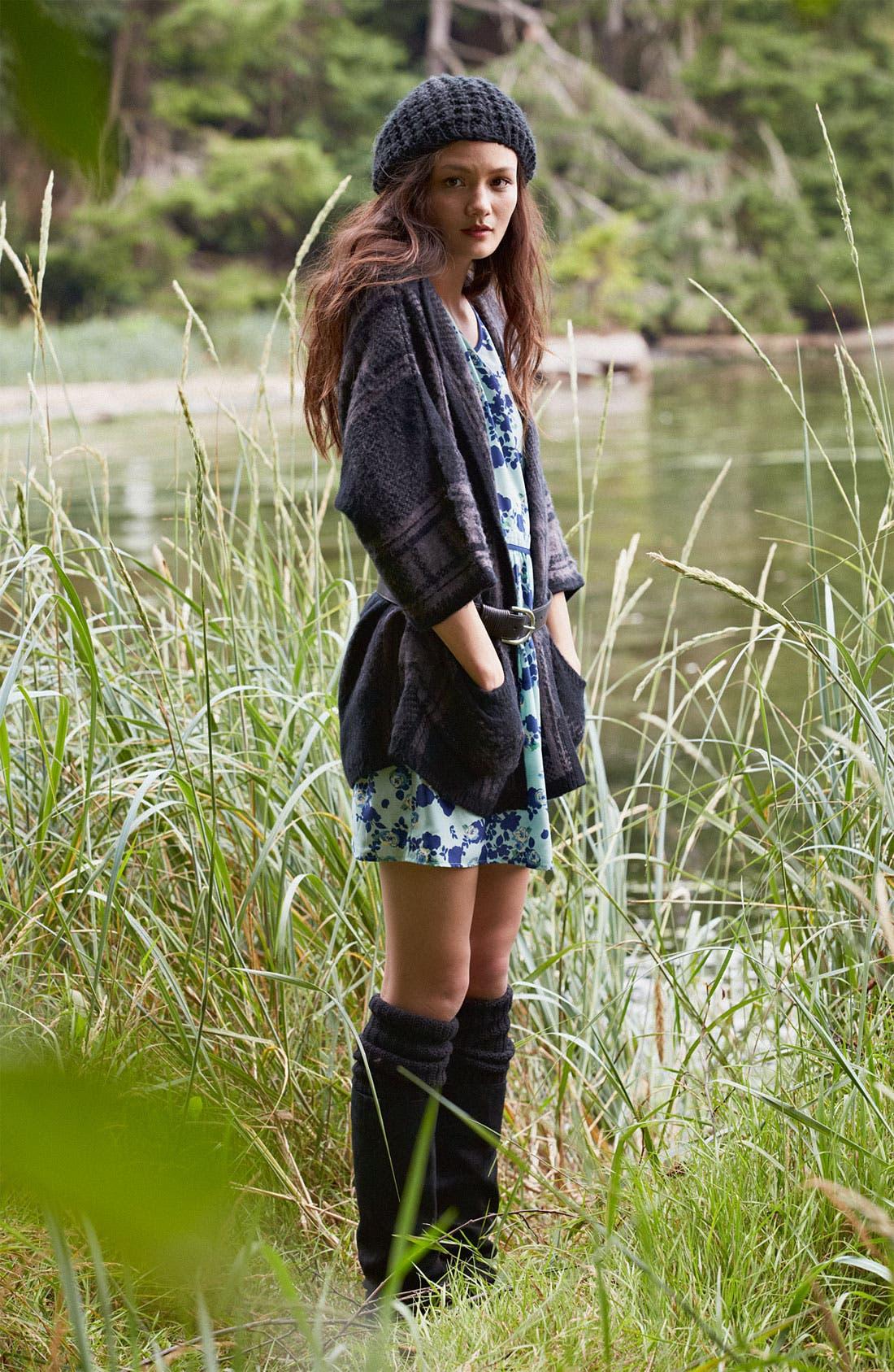 Alternate Image 4  - Mimi Chica Print Dress (Juniors)