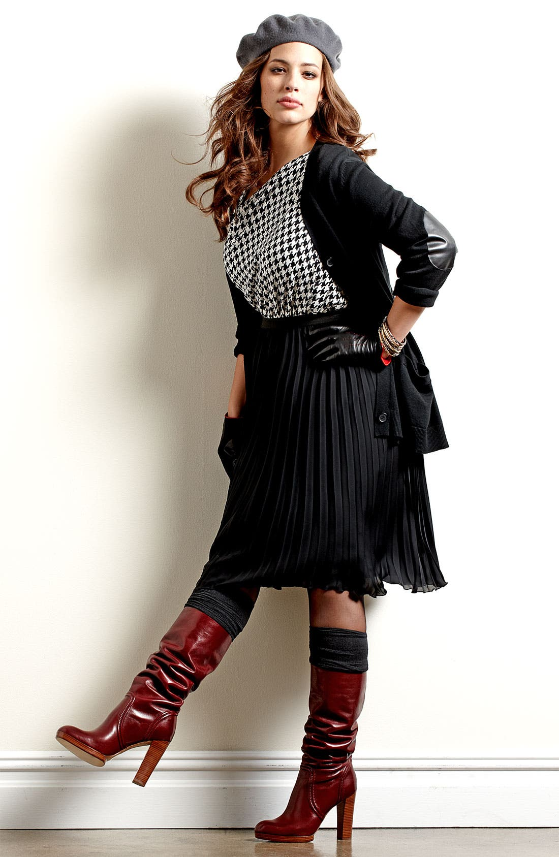 Alternate Image 5  - Vince Camuto Asymmetric Houndstooth Top (Plus)