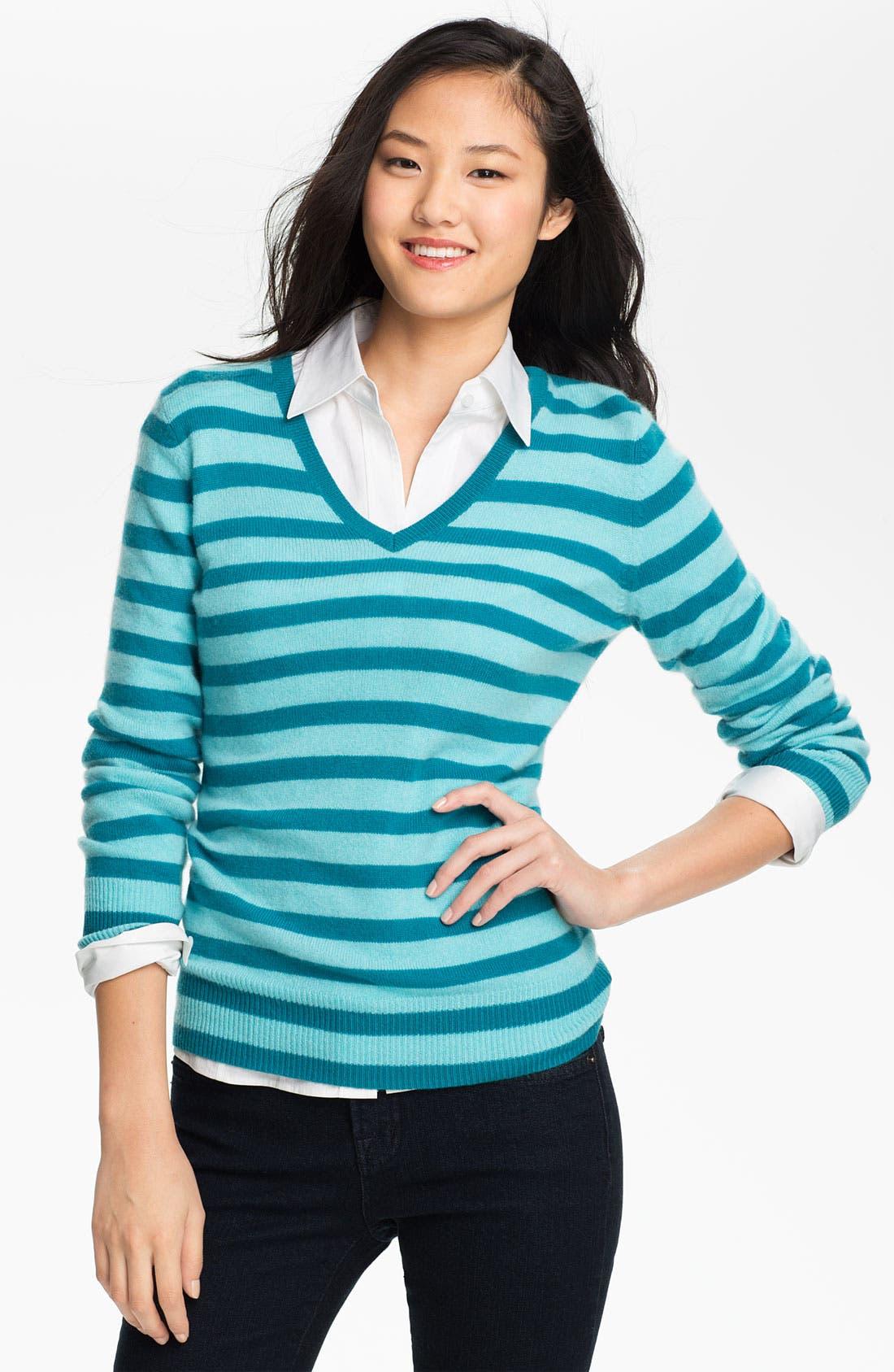 Main Image - Halogen® V-Neck Cashmere Sweater