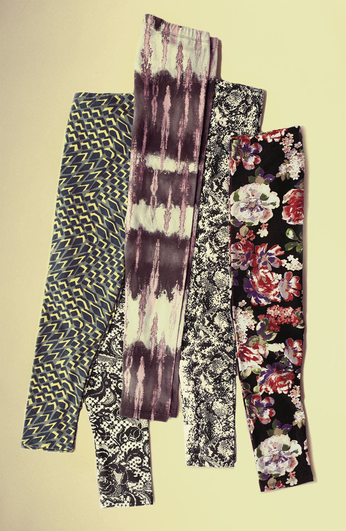 Alternate Image 5  - Mimi Chica Print Leggings (Juniors)