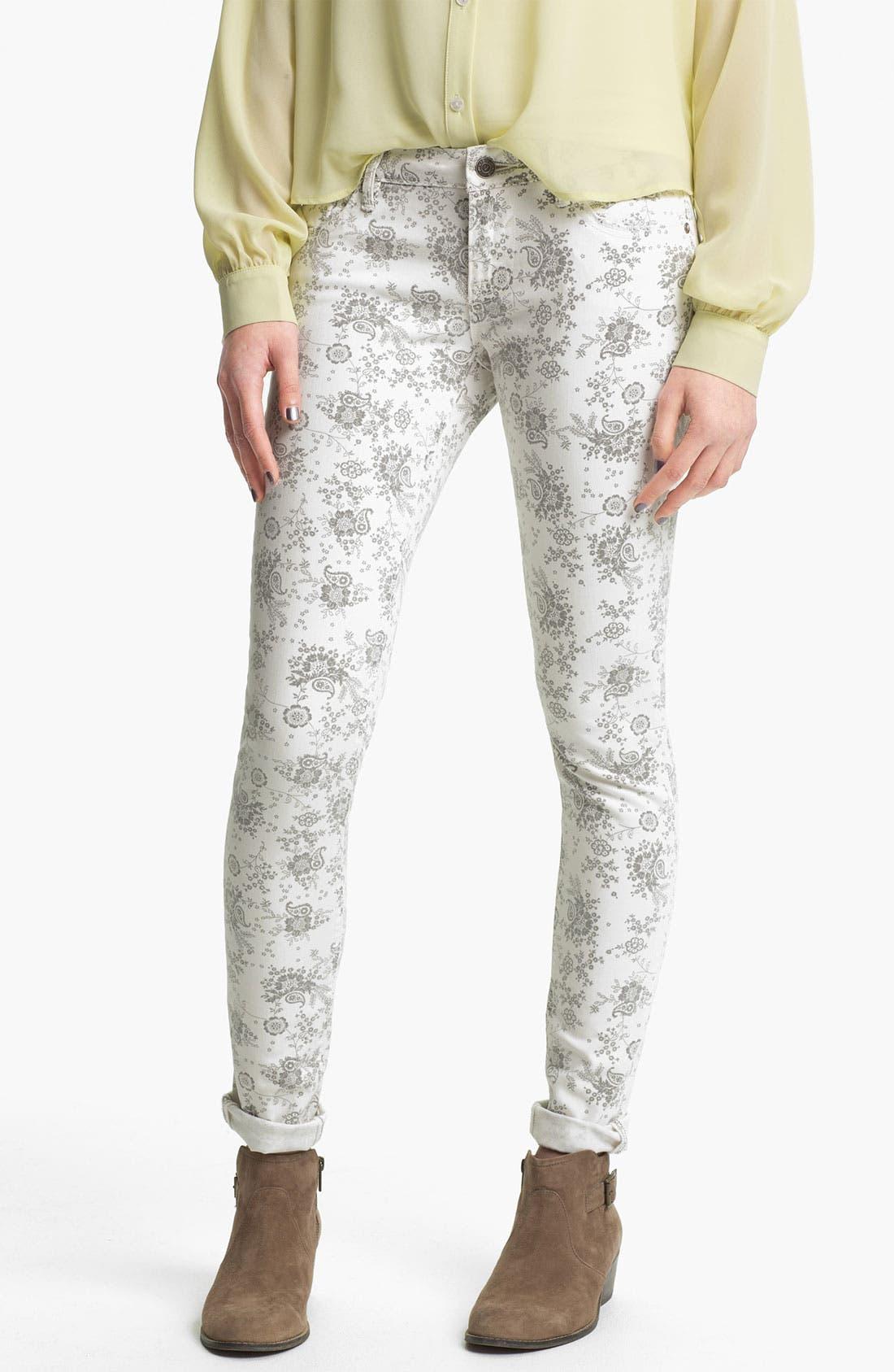 Alternate Image 2  - Vigoss Paisley Print Skinny Jeans (Juniors)