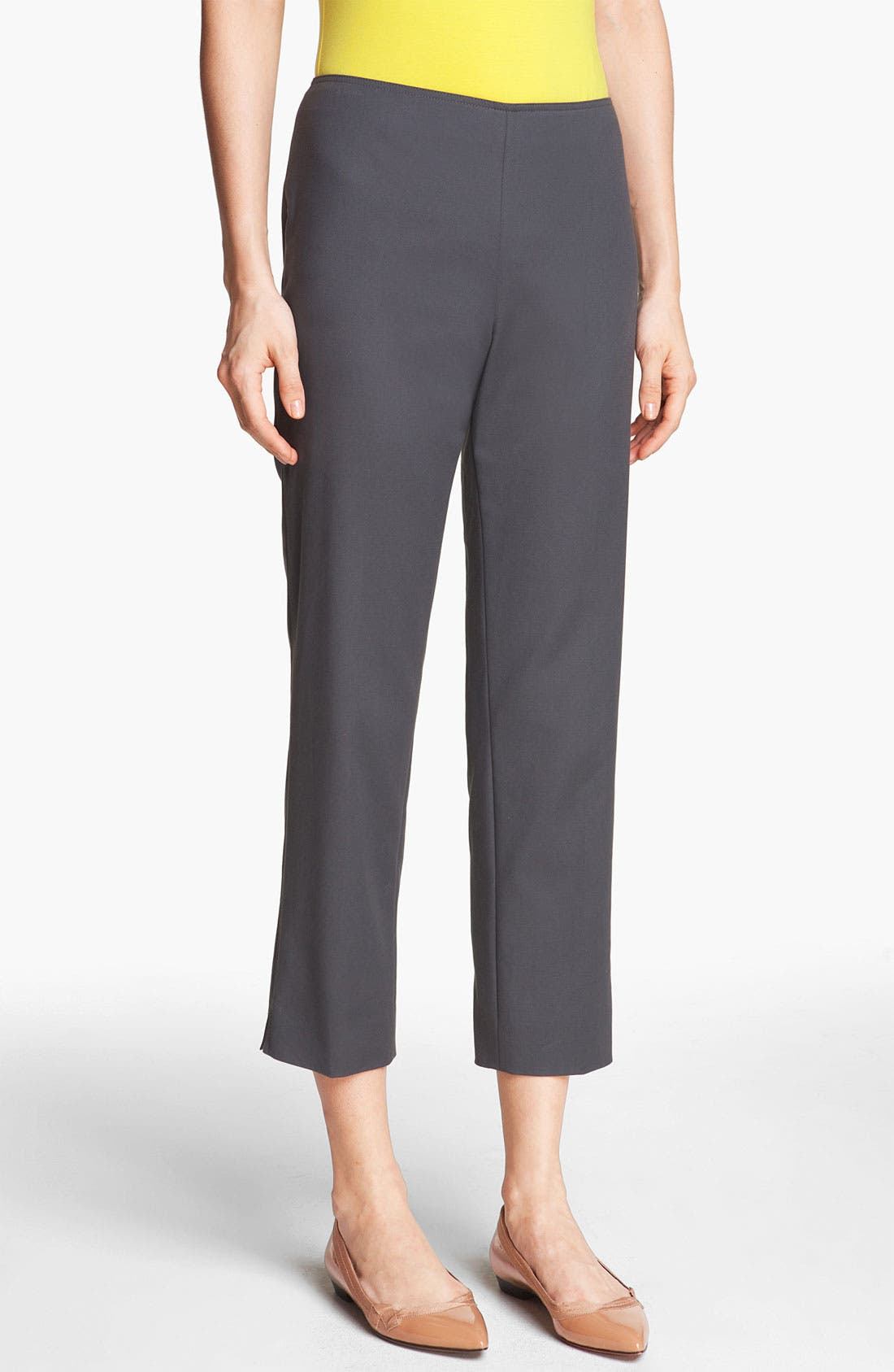 Main Image - St. John Yellow Label 'Audrey' Double Weave Stretch Cotton Capri Pants