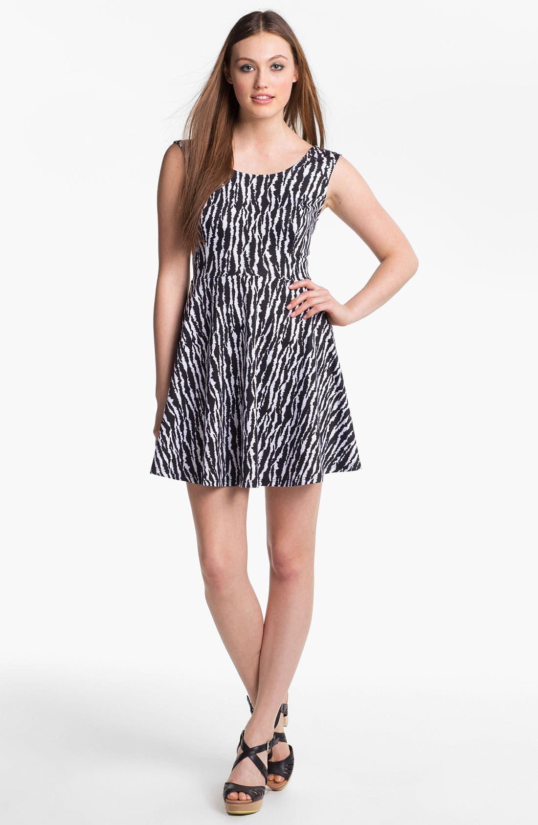 Main Image - Fire Stud Shoulder Print Skater Dress (Juniors)