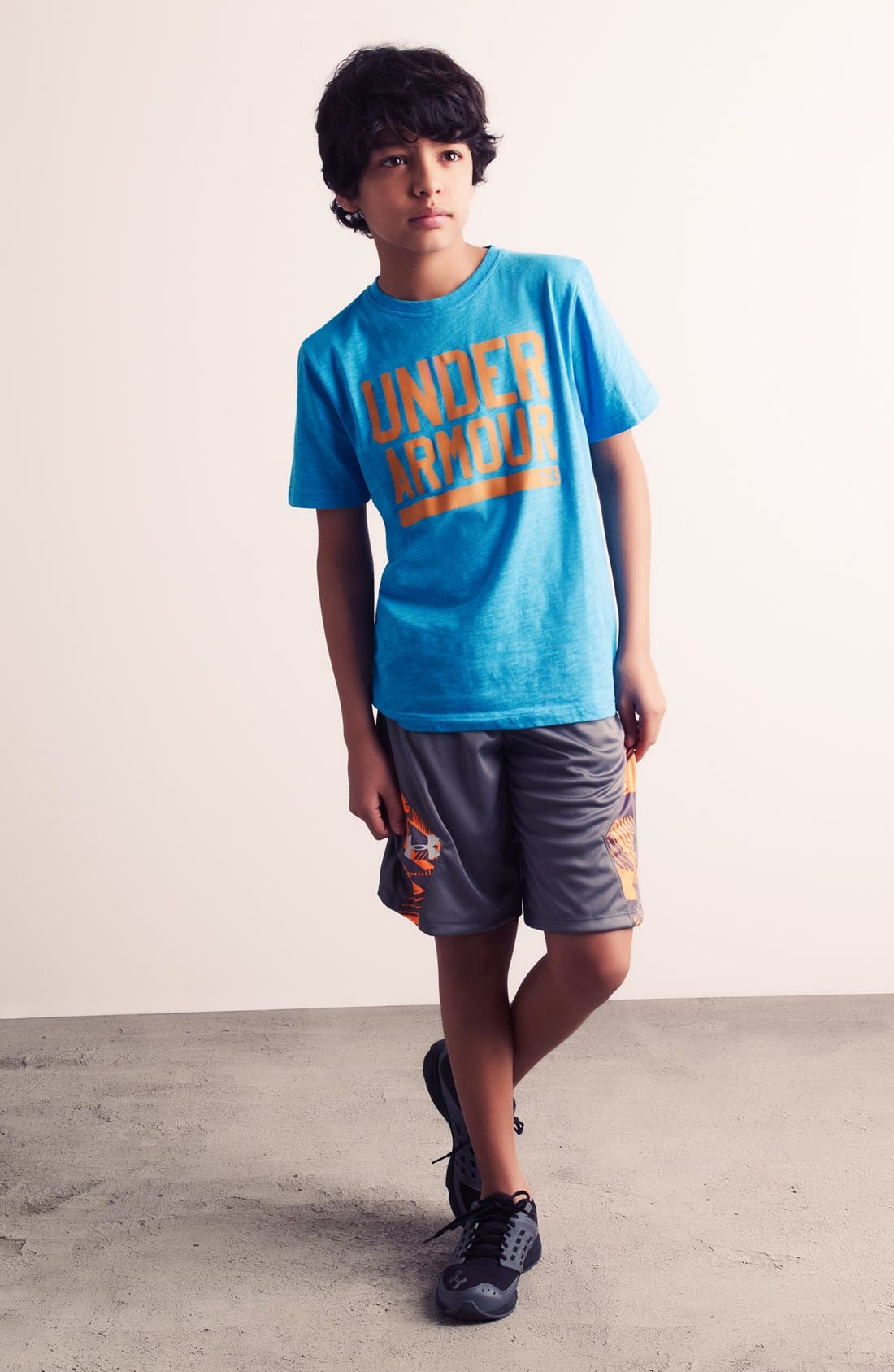 Main Image - Under Armour T-Shirt, Shorts & Sneaker (Big Boys)