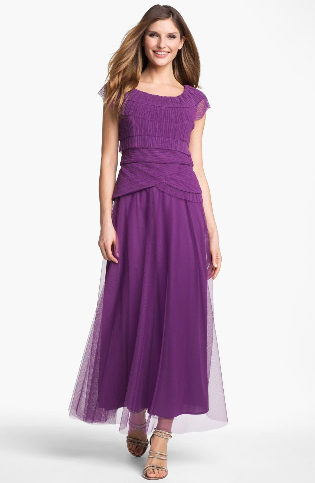 Main Image - Patra Pleated Cap Sleeve Gown