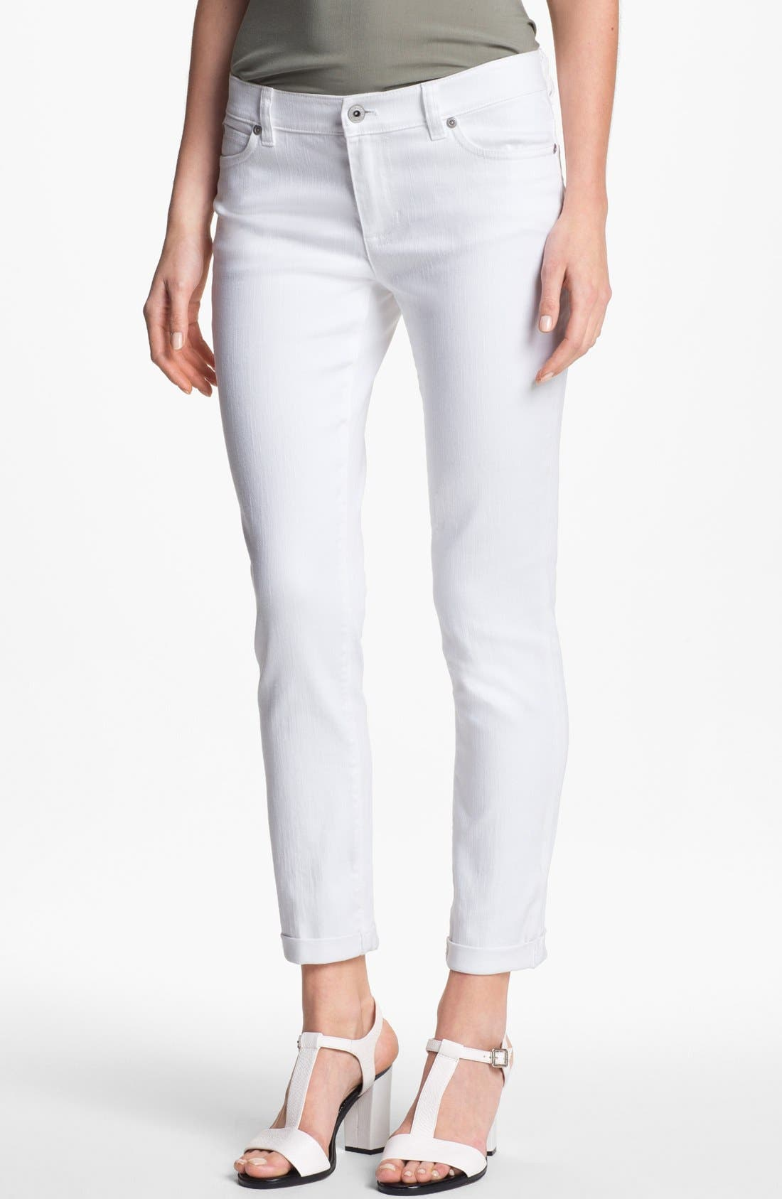 Main Image - Two by Vince Camuto Cuff Crop Jeans (Petite)