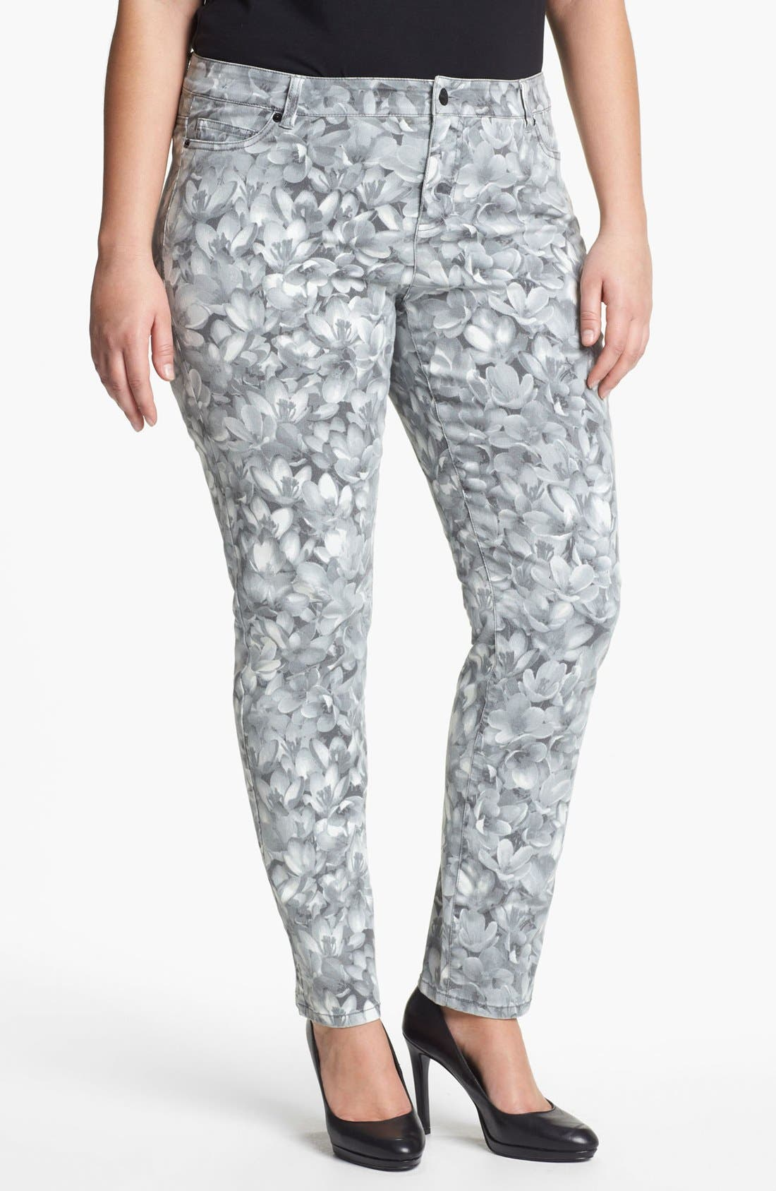 Main Image - MICHAEL Michael Kors 'Wildflower' Print Skinny Jeans (Plus)