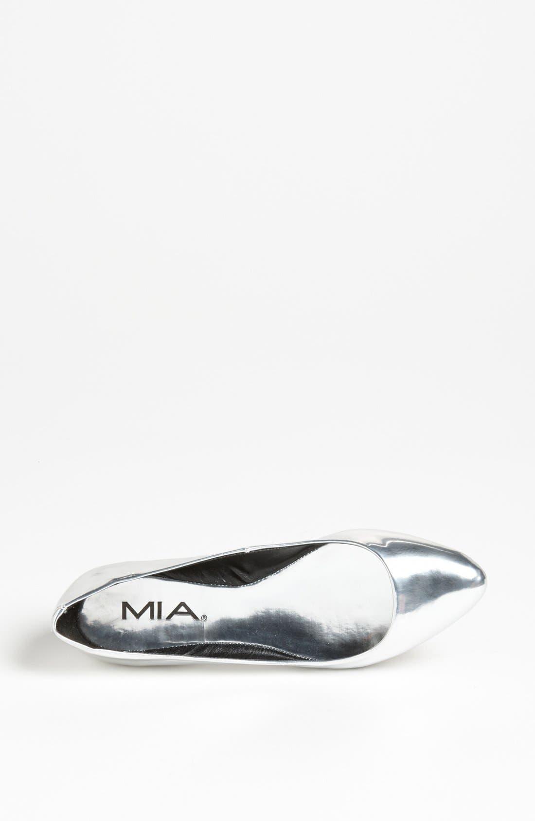 Alternate Image 3  - MIA 'Edie' Flat