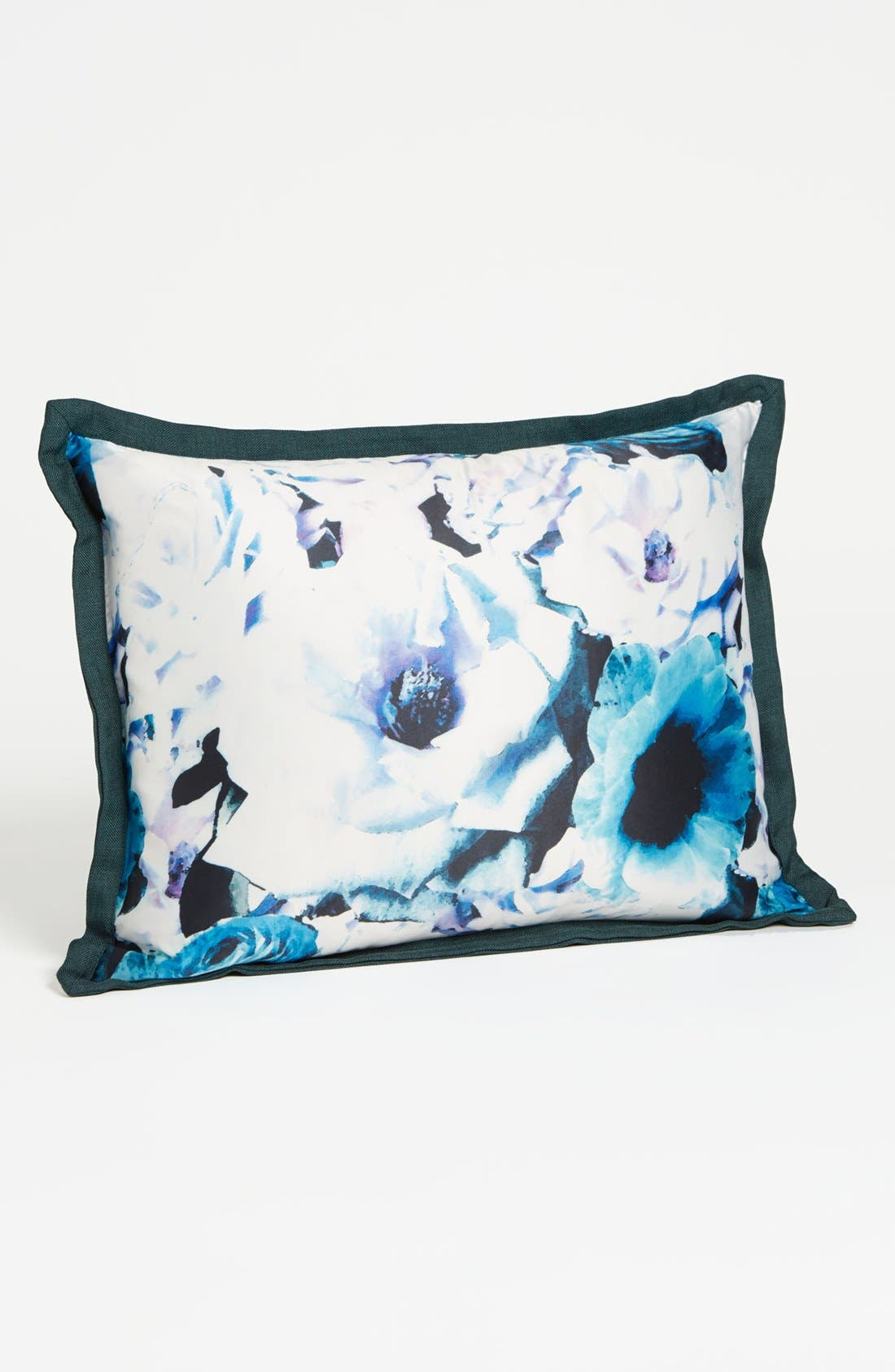 Alternate Image 1 Selected - Vince Camuto 'Palm Desert' Pillow