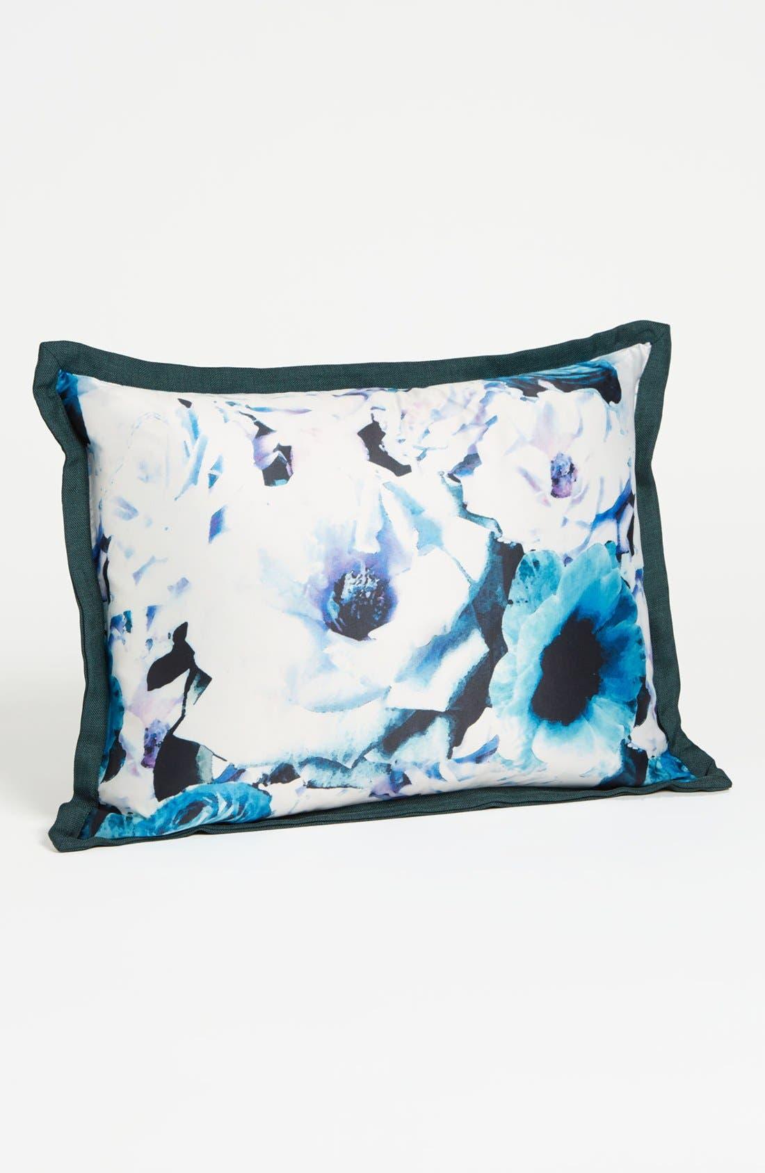 Main Image - Vince Camuto 'Palm Desert' Pillow