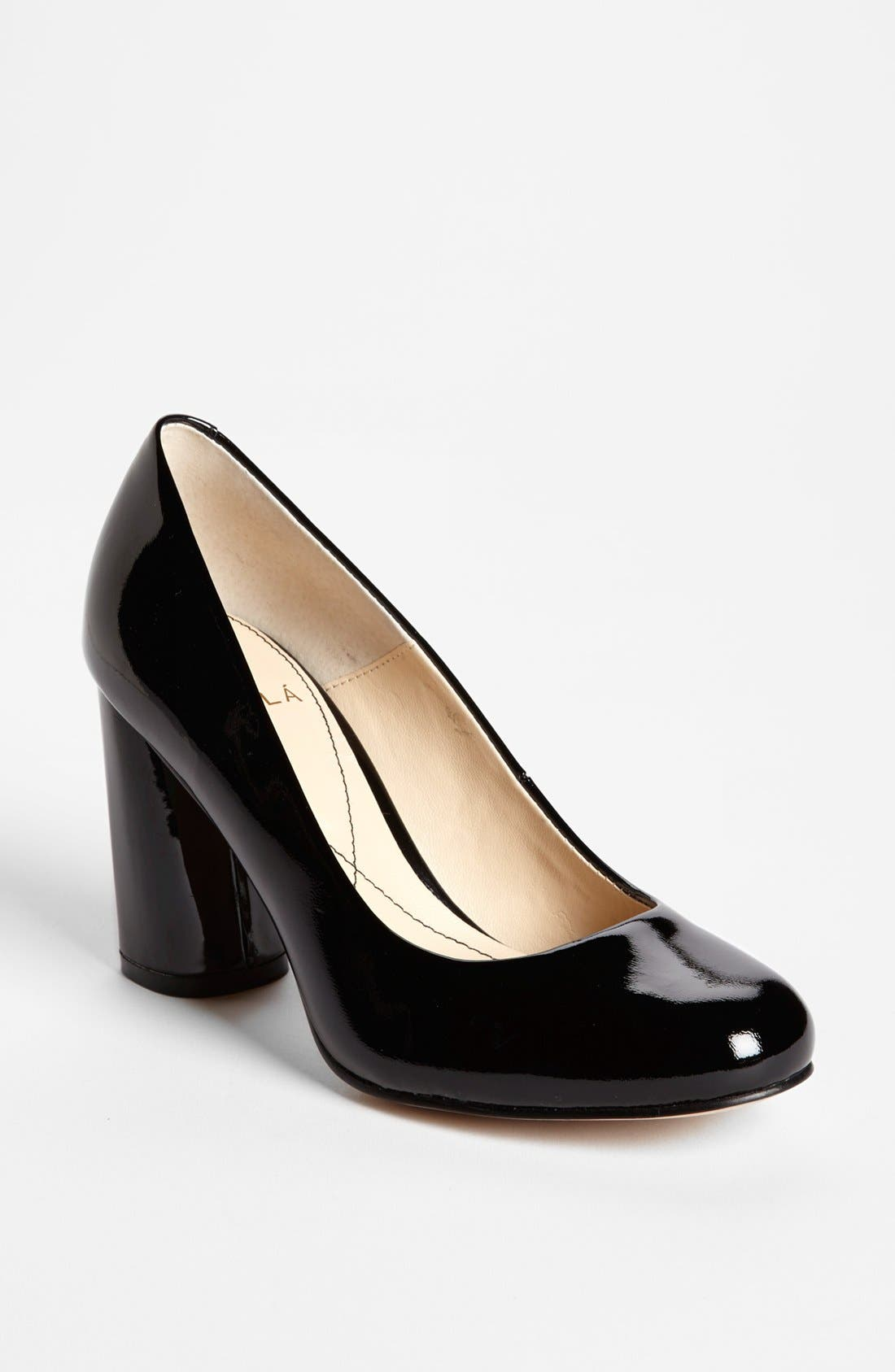 Alternate Image 1 Selected - Isolá 'Eleni' Patent Leather Pump